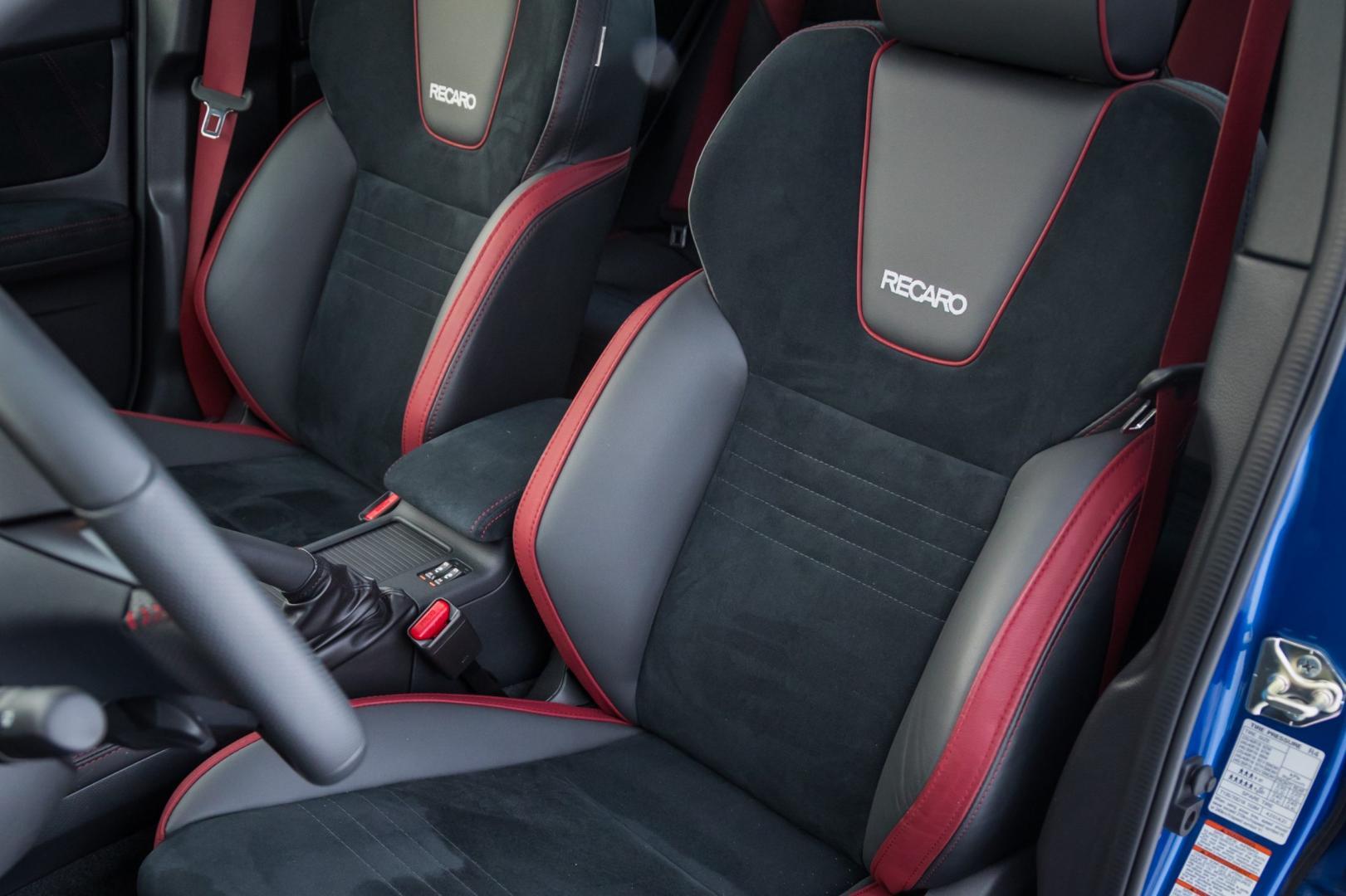 Subaru WRX STI voorstoelen (2018)