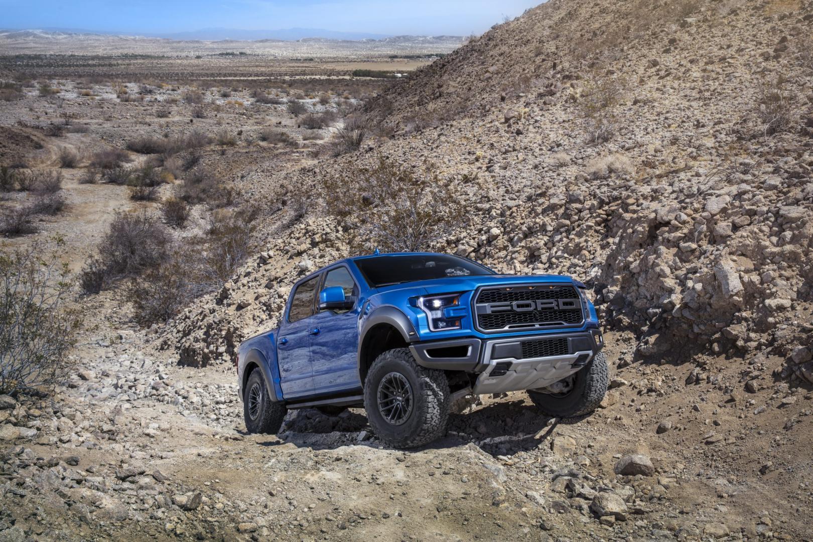 Ford F-150 Raptor 2019 zand