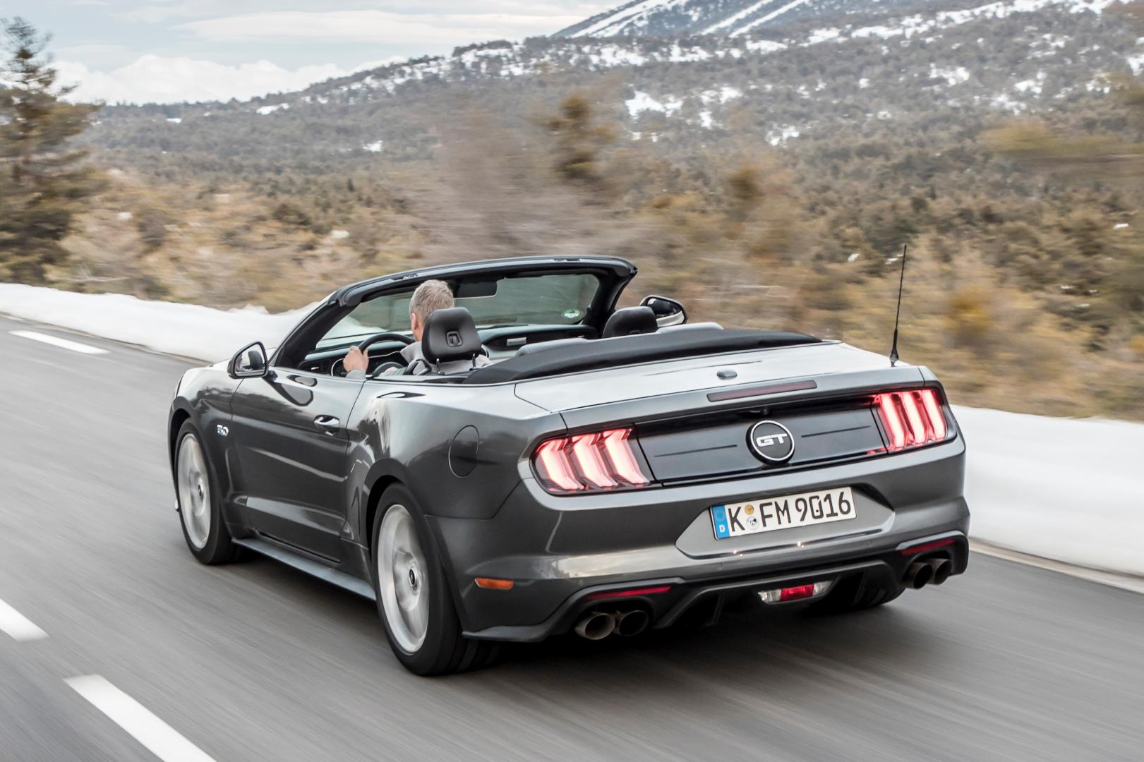 ford mustang 5 0 v8 gt convertible 2018 topgear. Black Bedroom Furniture Sets. Home Design Ideas