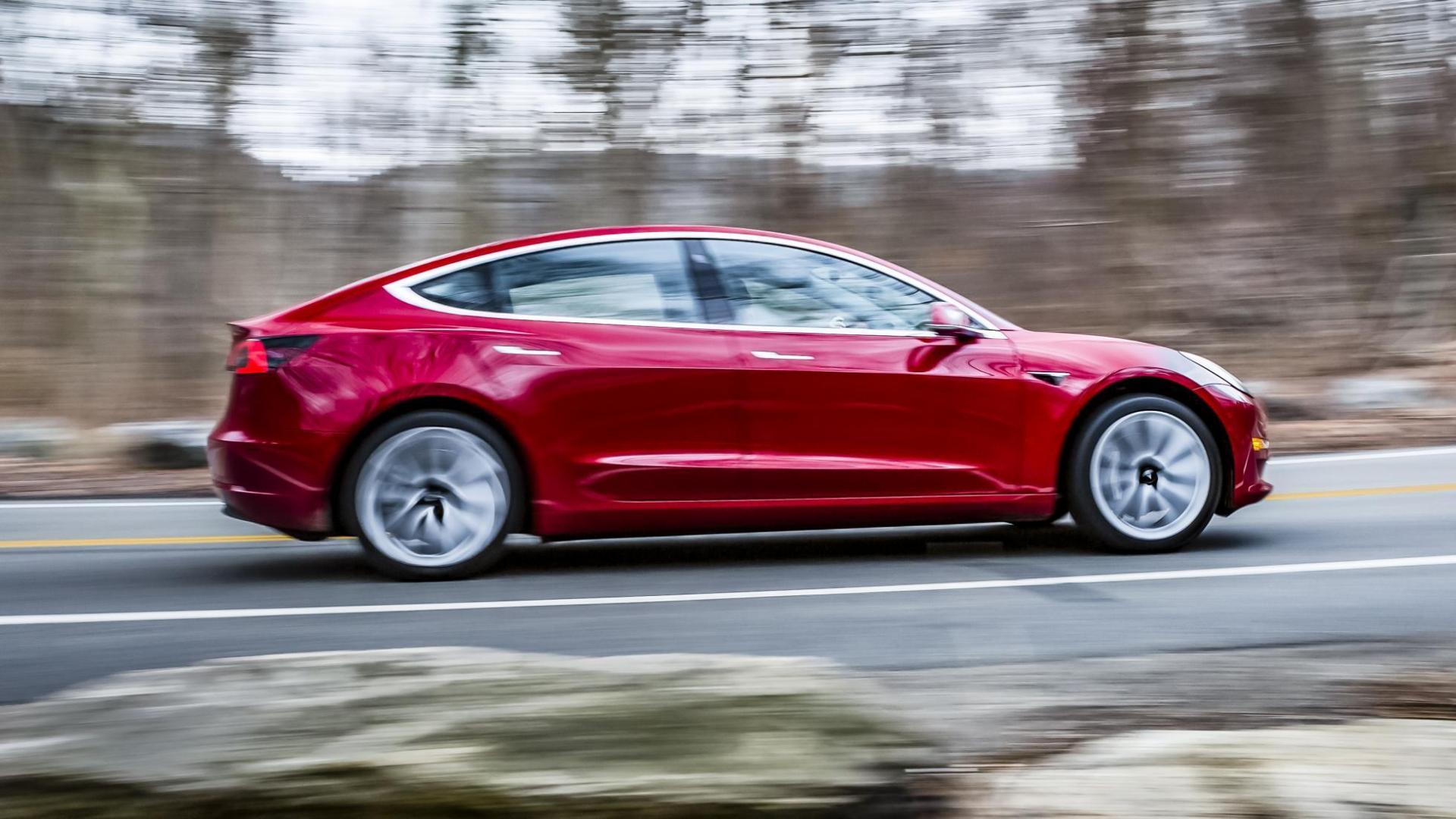 Tesla Model 3 elektrisch rijden