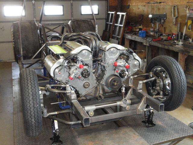 twee BMW V12