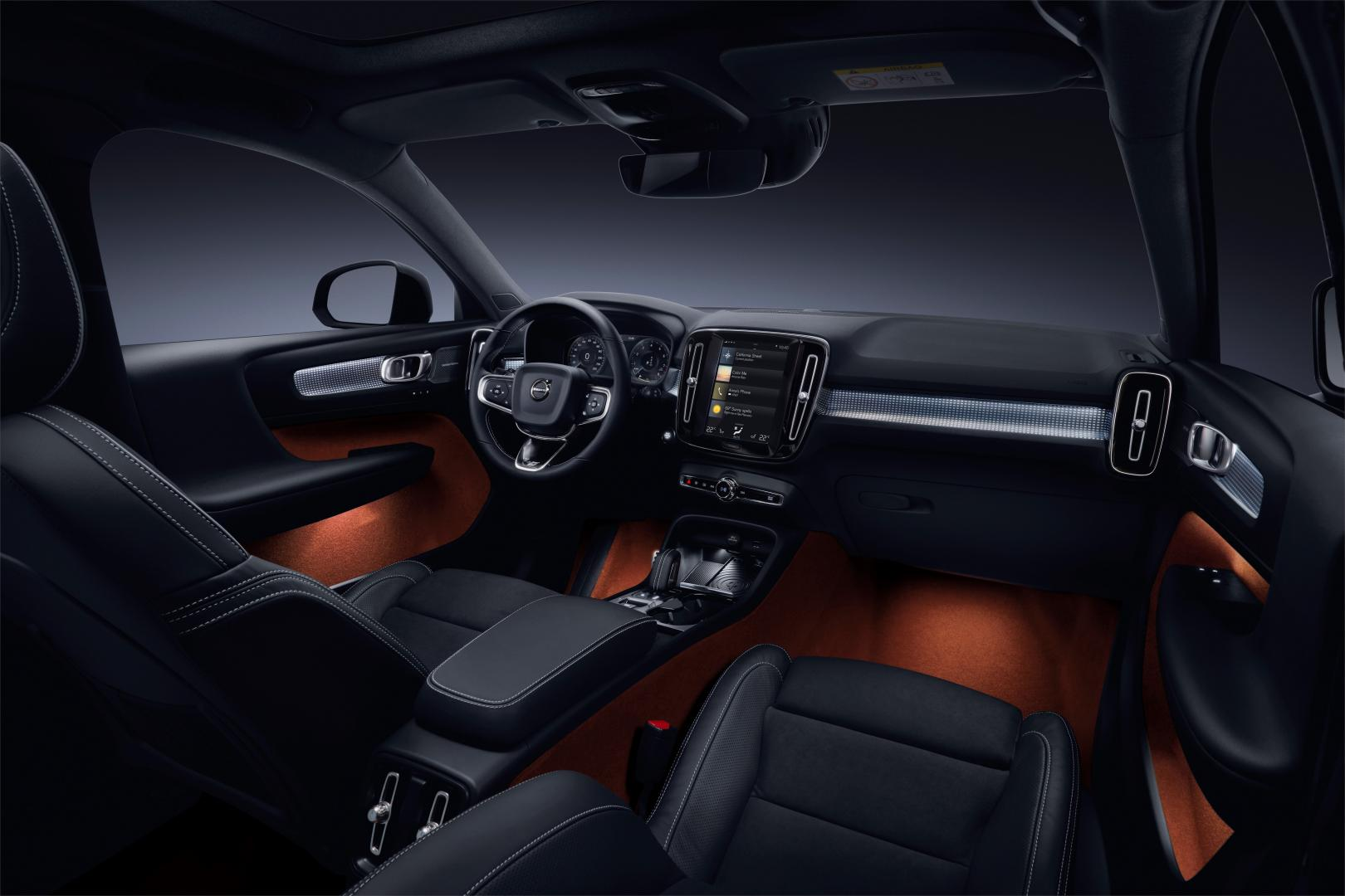Volvo XC40 D4 AWD First Edition interieur (2018)
