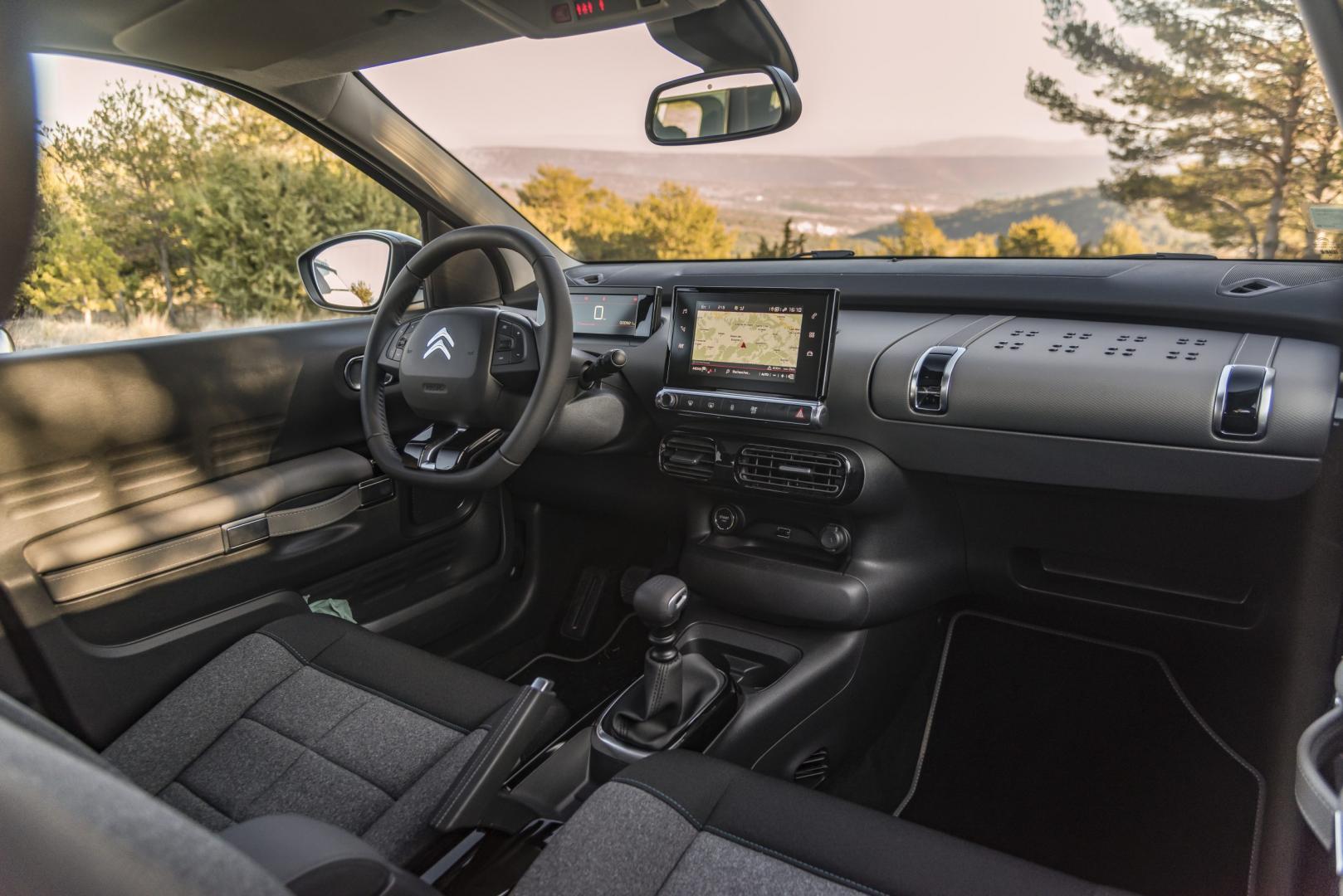 Citroën C4 Cactus PureTech 110 Business interieur (2018)