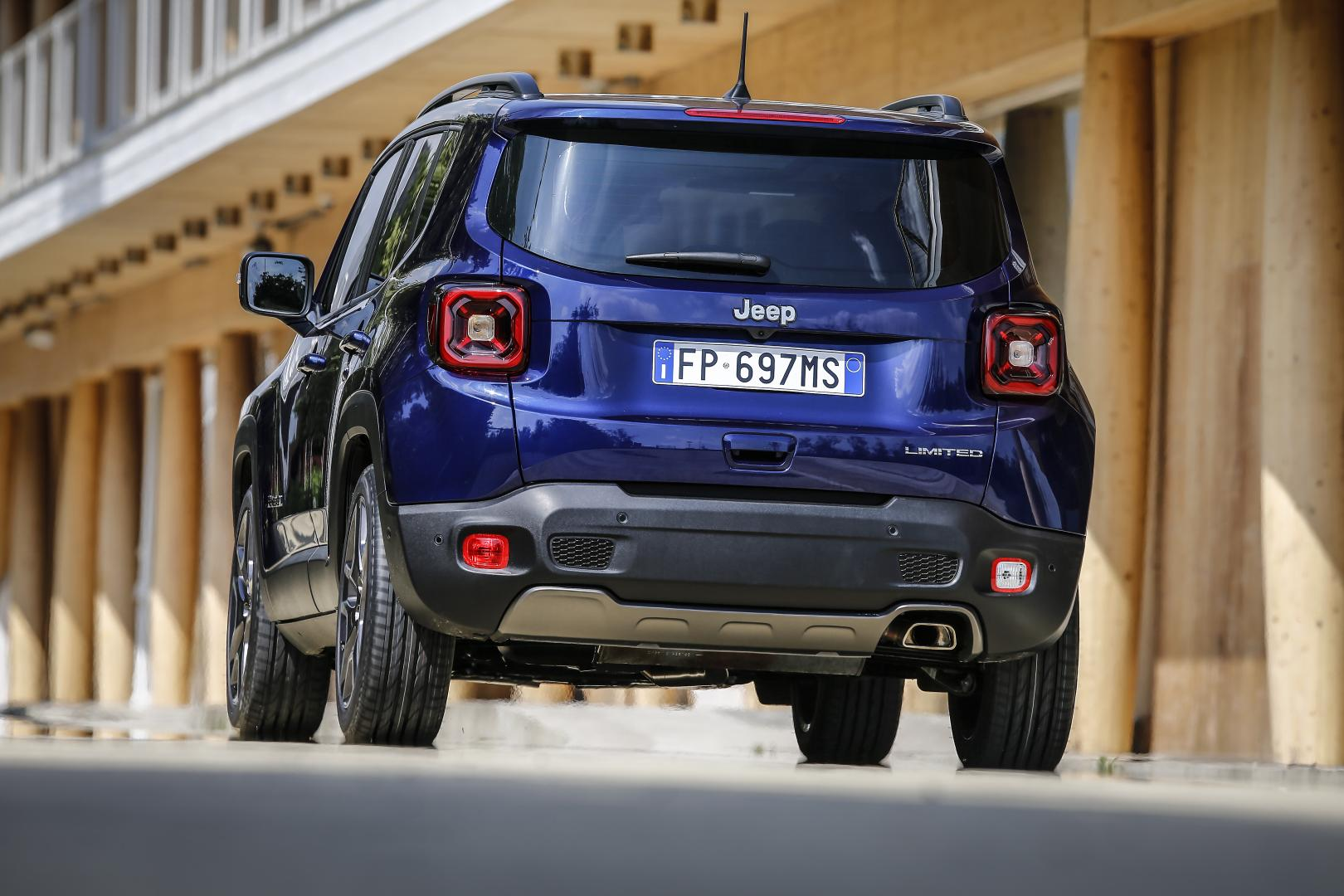 Jeep renegade facelift achterkant