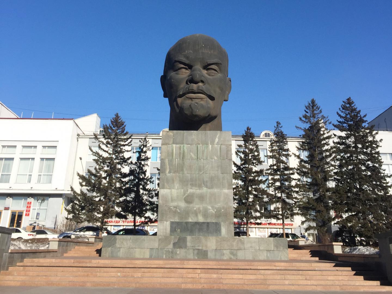 Baikalmeer: Mazda CX-5 standbeeld (2018)
