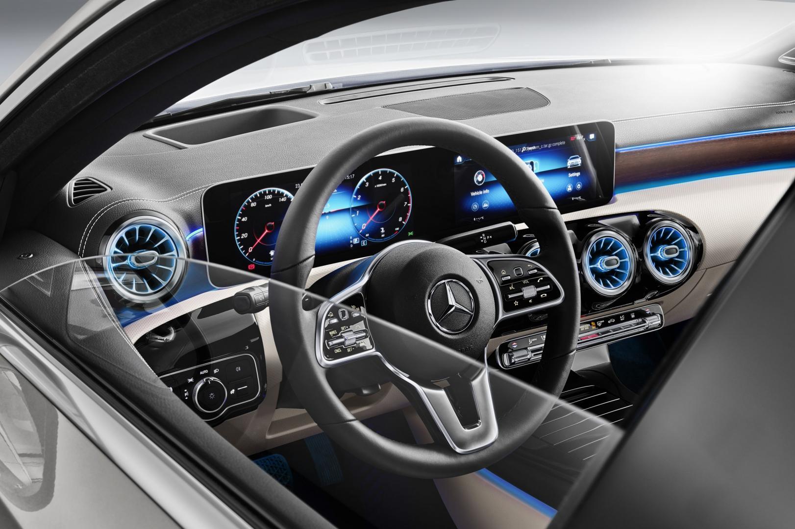Mercedes A-Klasse Limousine stuur