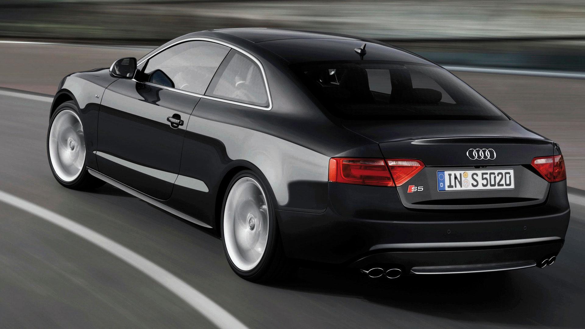Audi S5 2007 achterkant