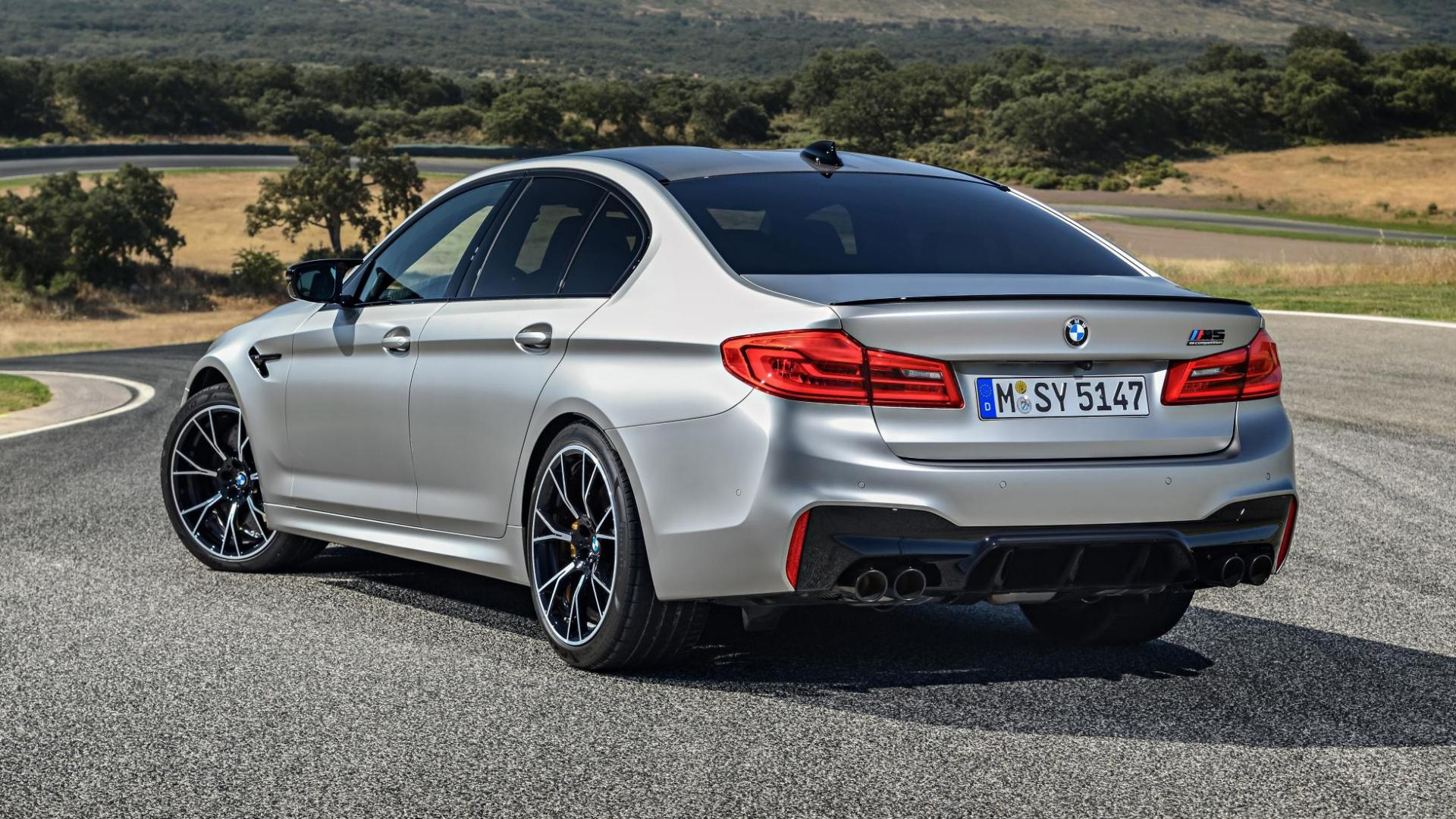 BMW M5 Competition F90 achterkant