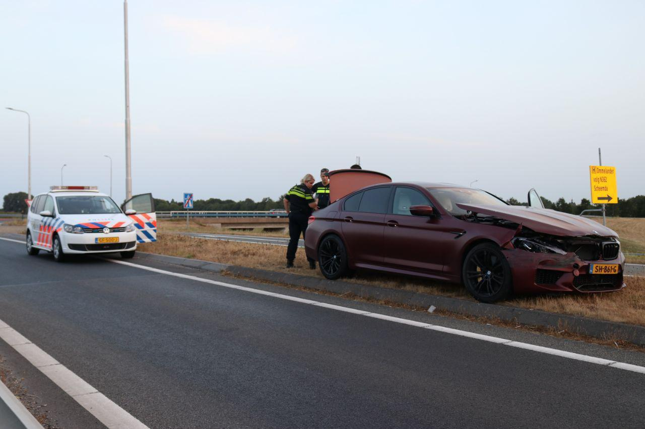 BMW m5 first edition crash nederland