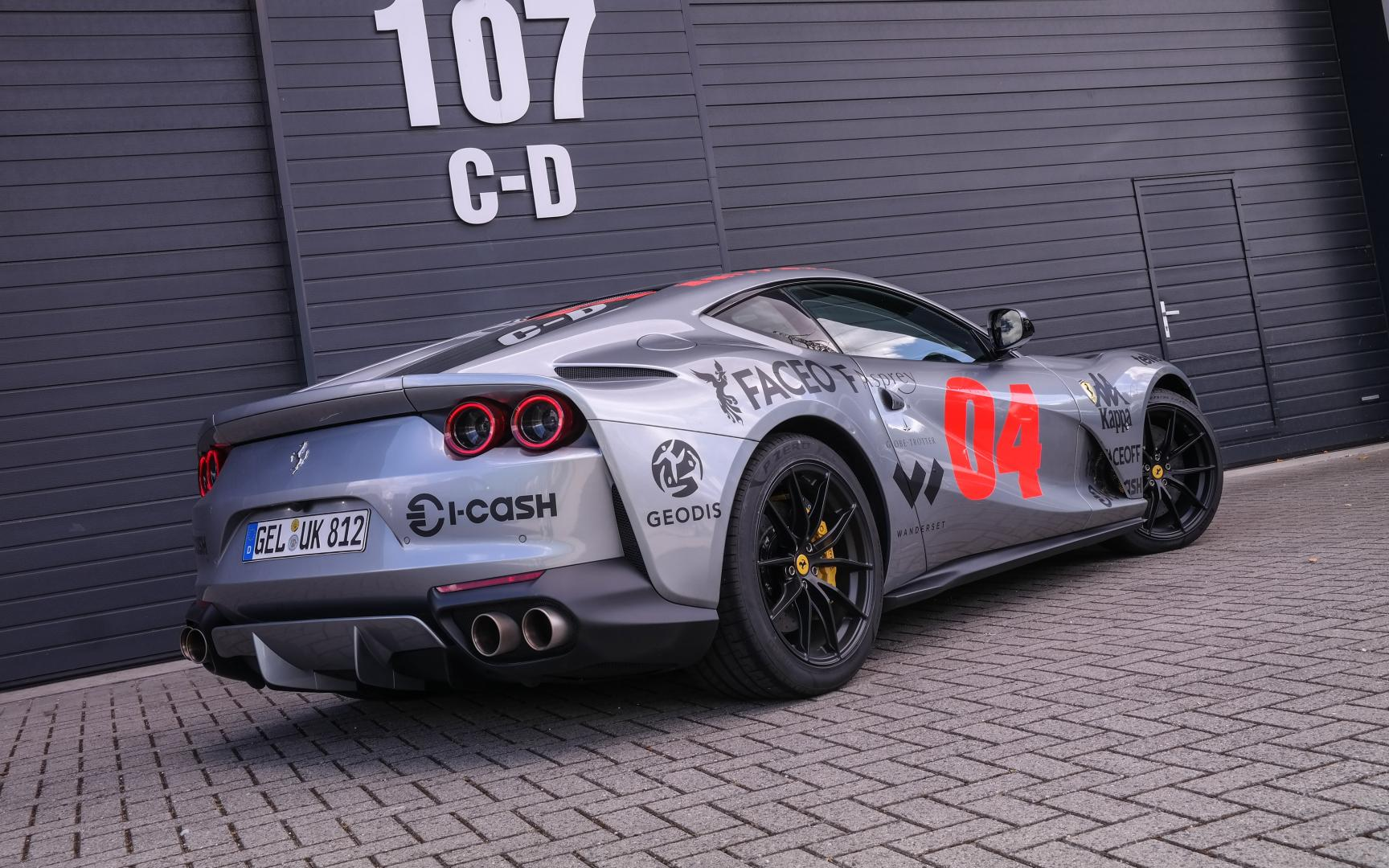 Ferrari van Afrojack