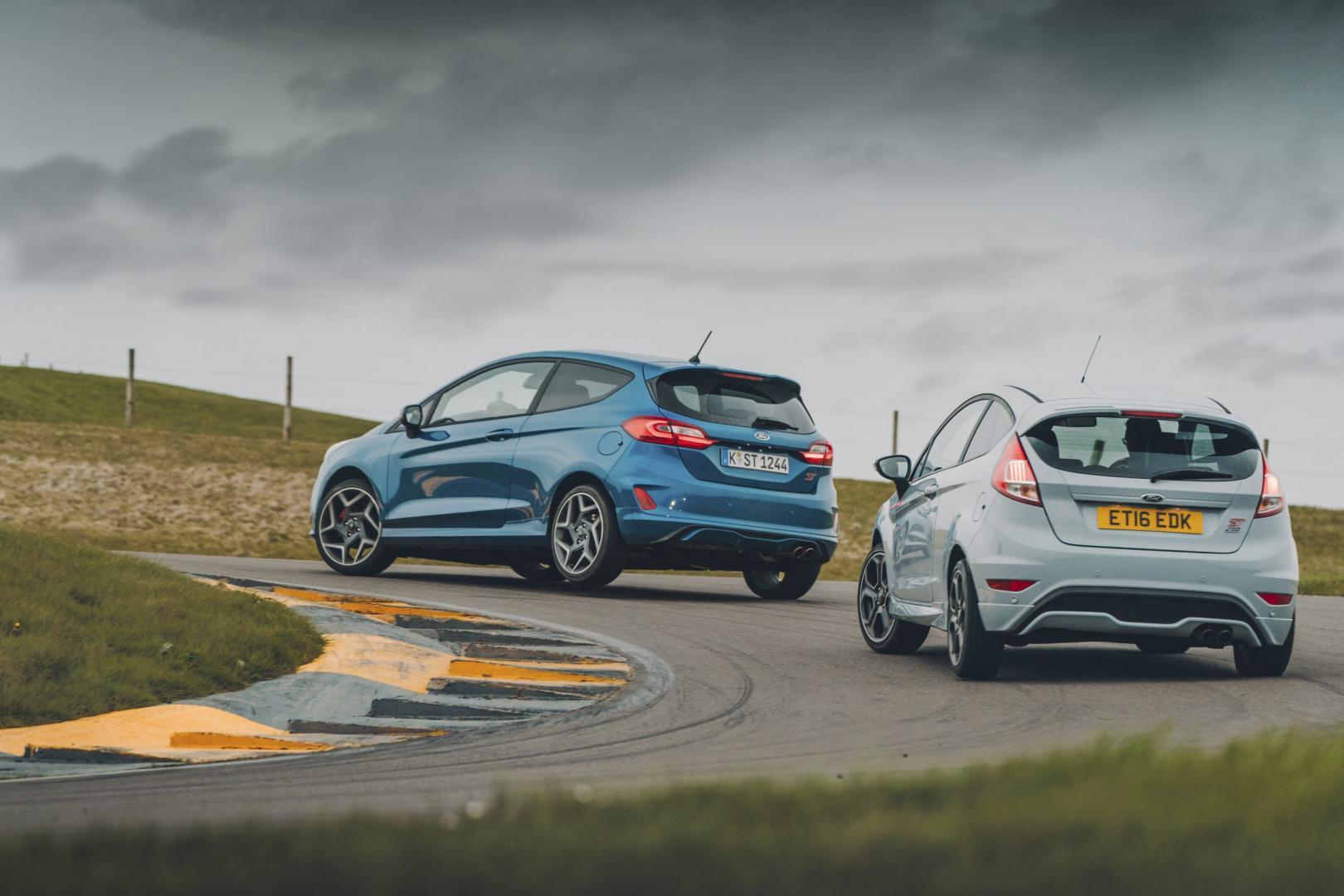 Ford Fiesta ST vs Fiesta ST200