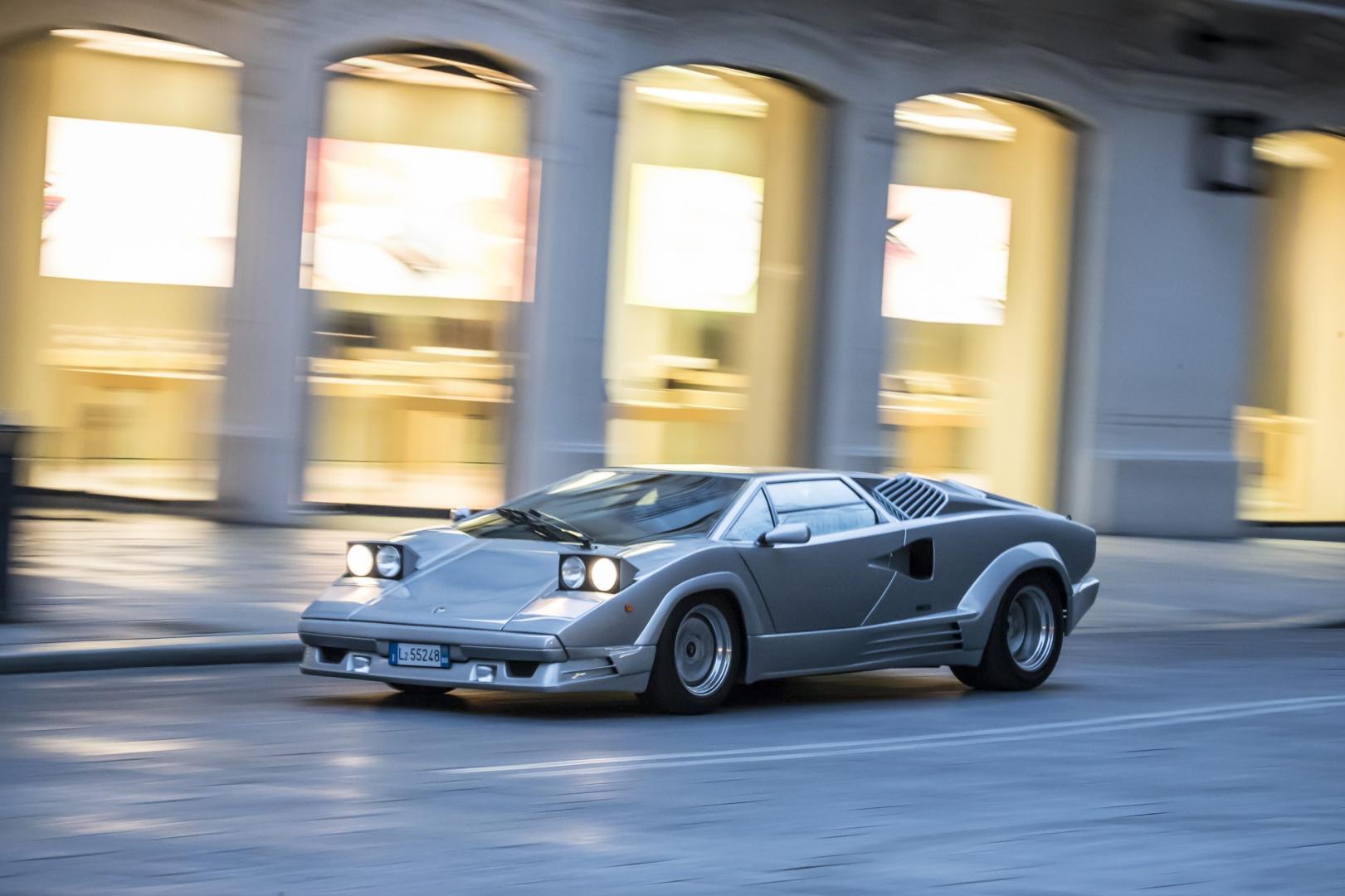 Lamborghini Countach klapkoplampen