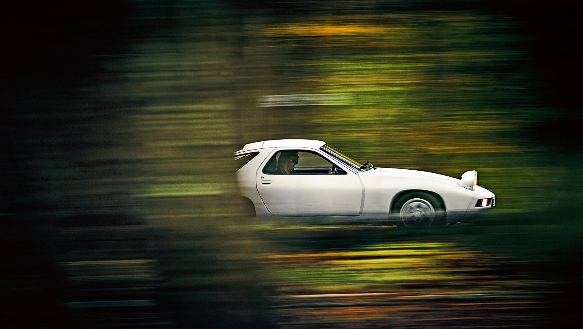 Porsche 928 bos groen
