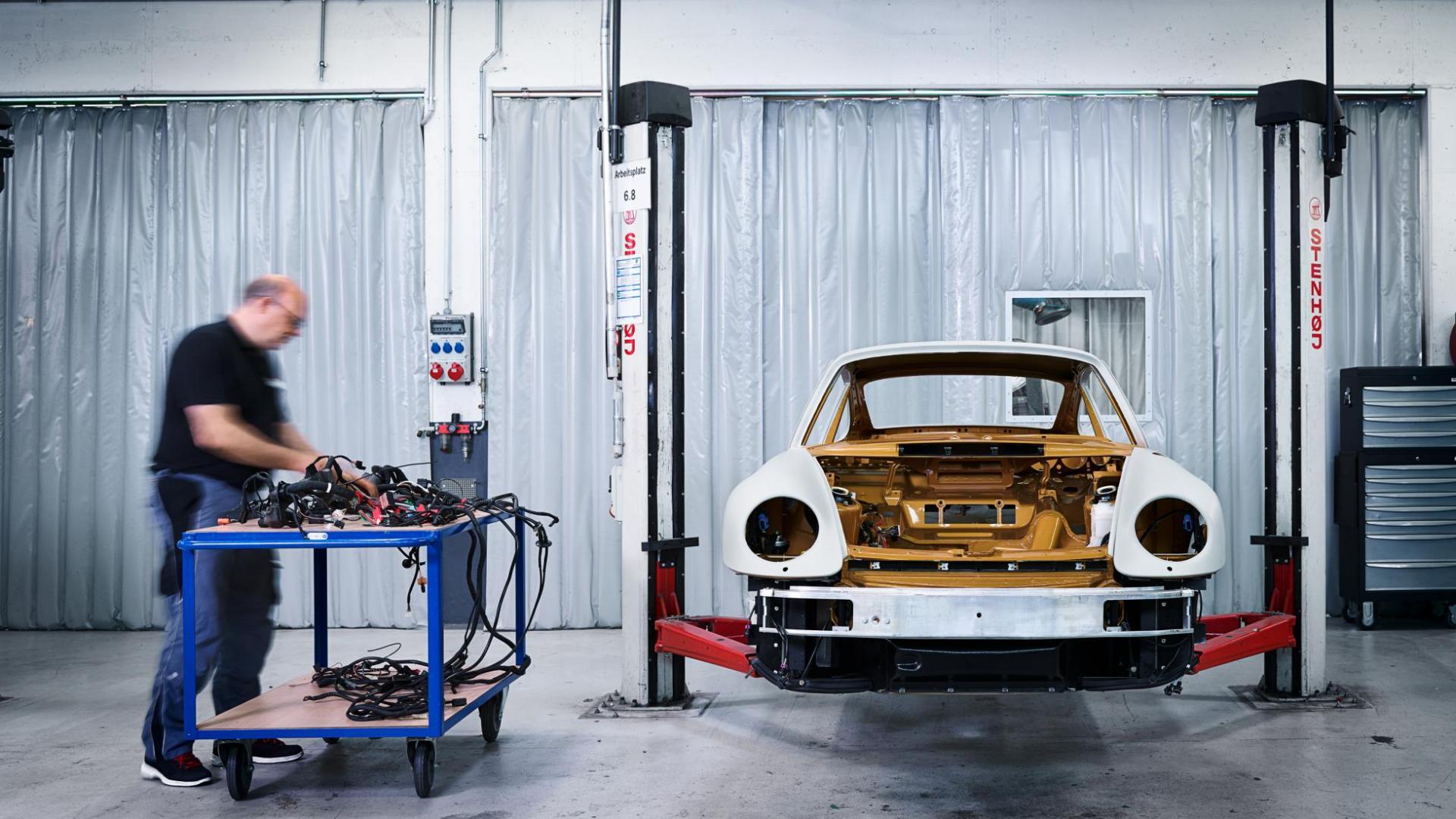 Porsche 993 Turbo brug restauratie