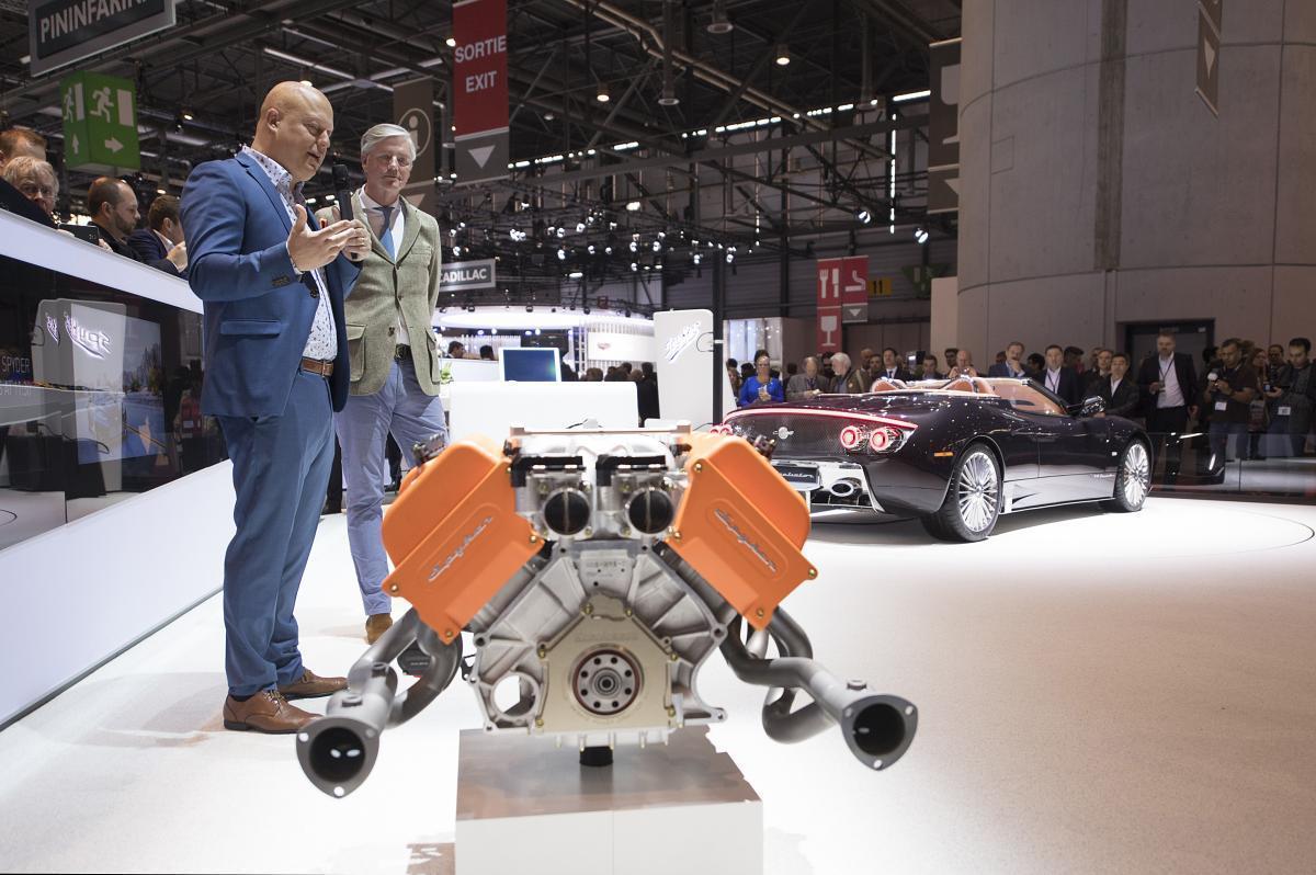 Victor Muller Christian von Koenigsegg V8