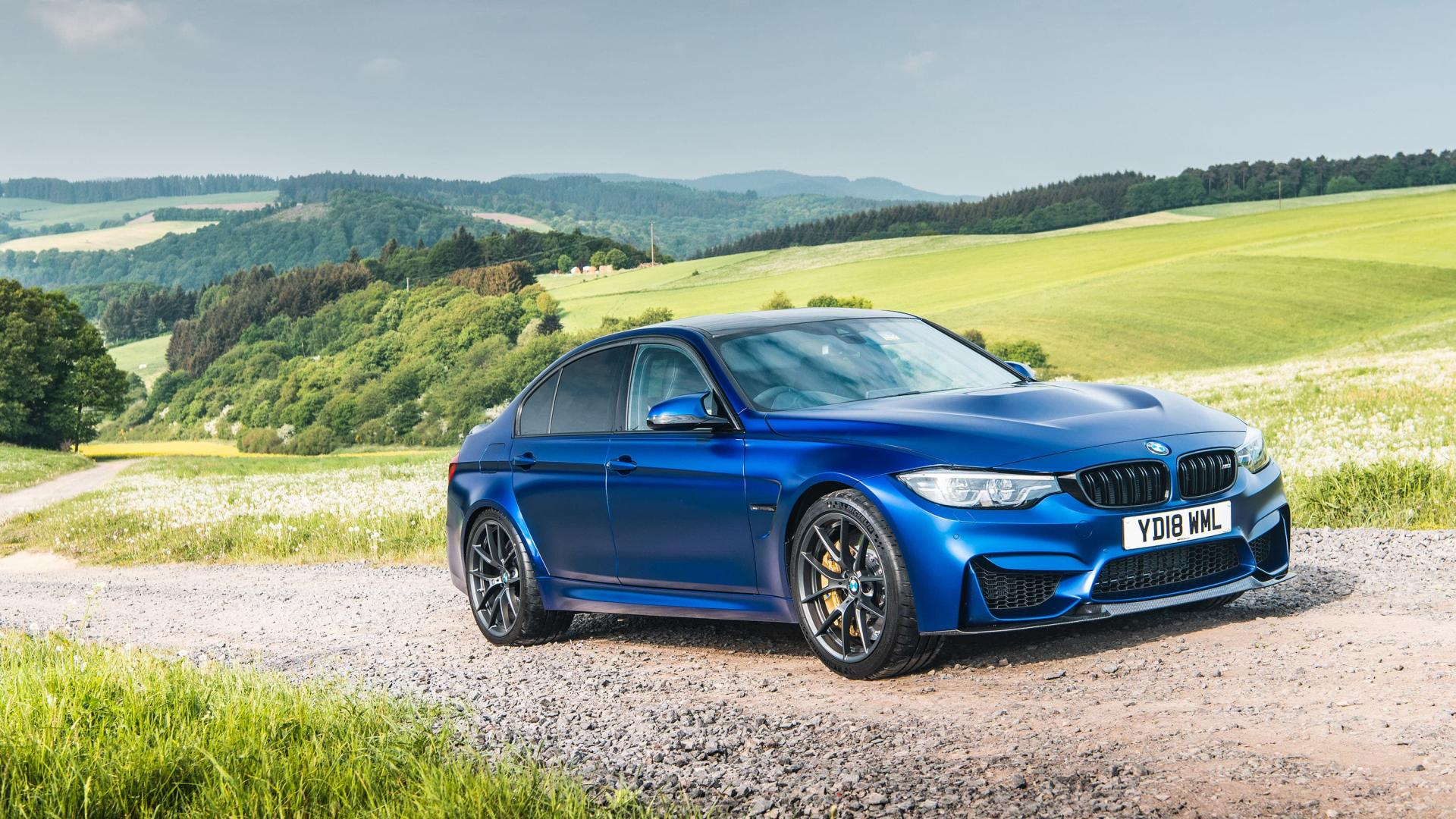 BMW M3 CS blauw