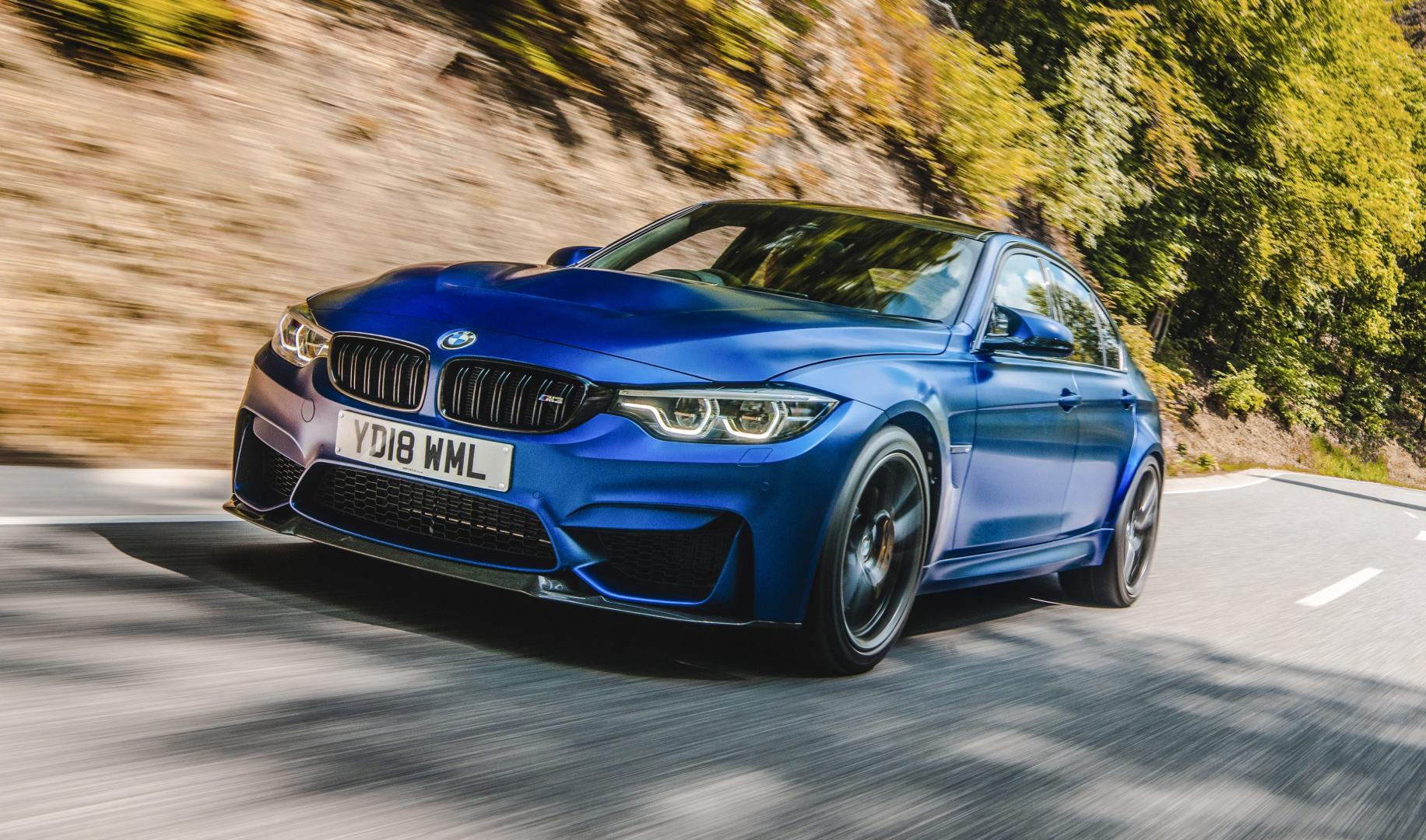 BMW M3 CS blauw voorkant