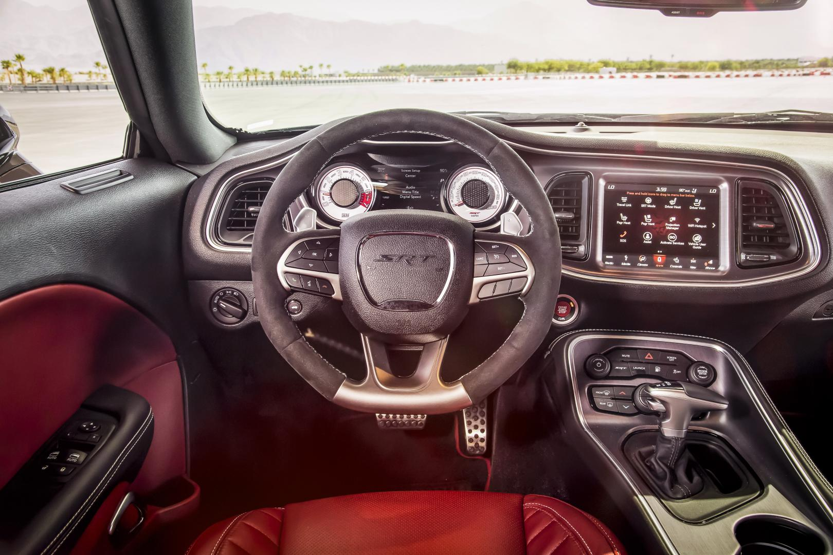 Dodge Challenger SRT Demon interieur