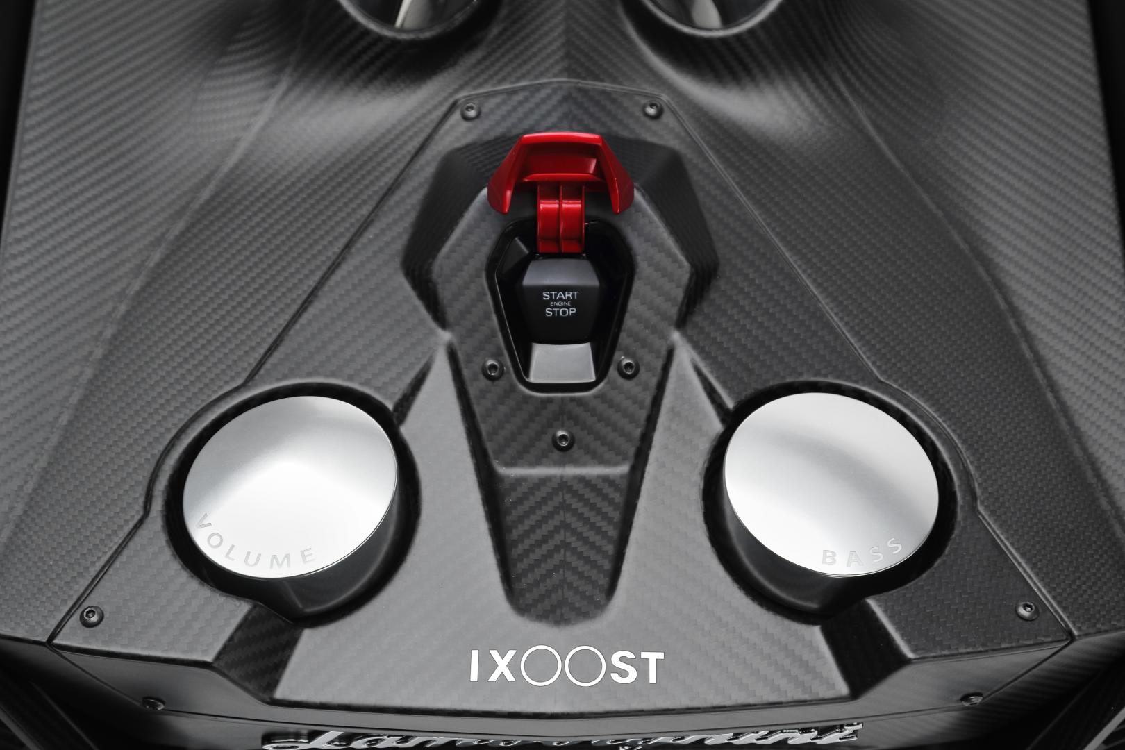 Lamborghini Esavox Carbon Fibre Docking Station Speaker