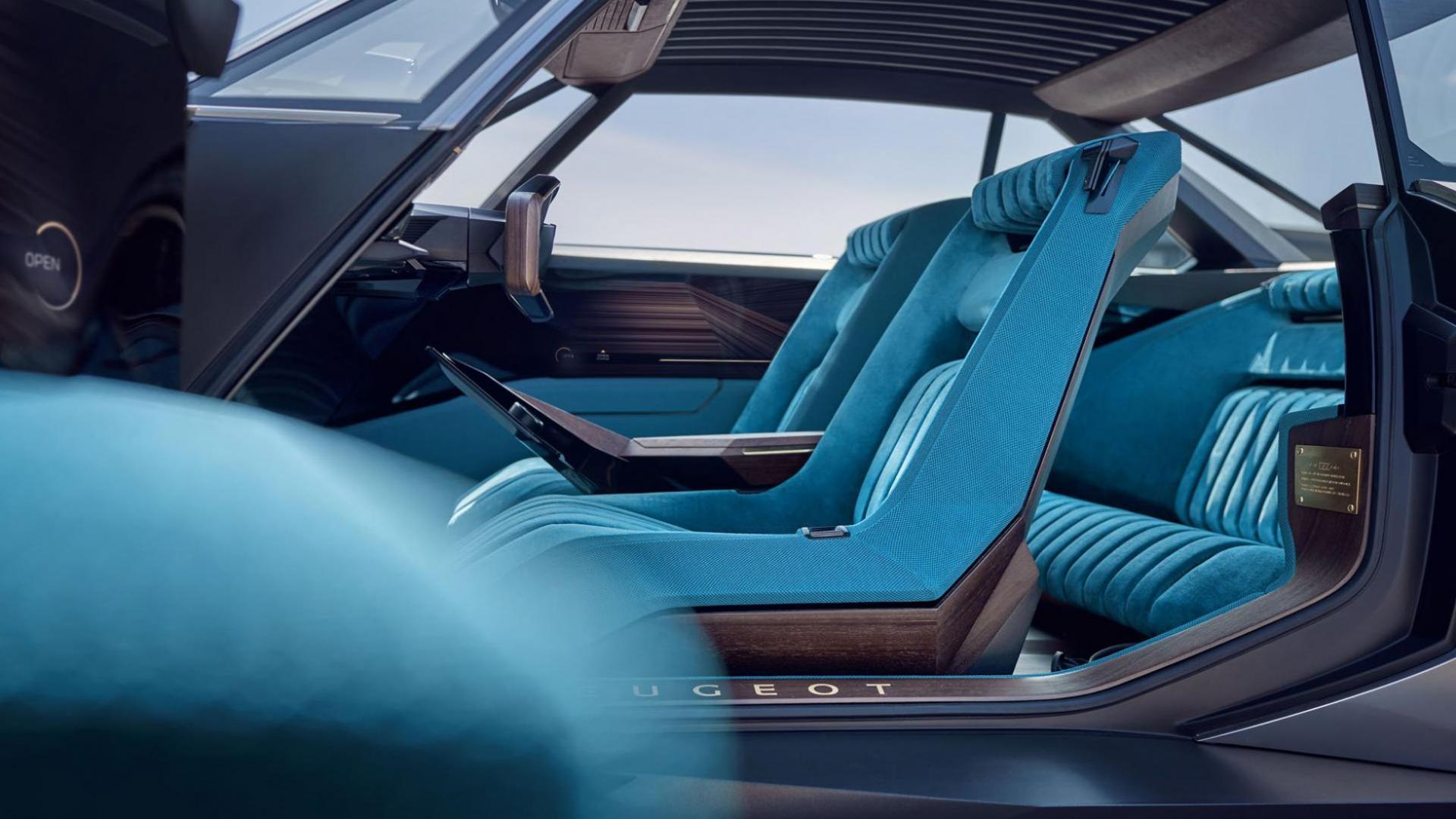 Peugeot e-Legend concept interieur