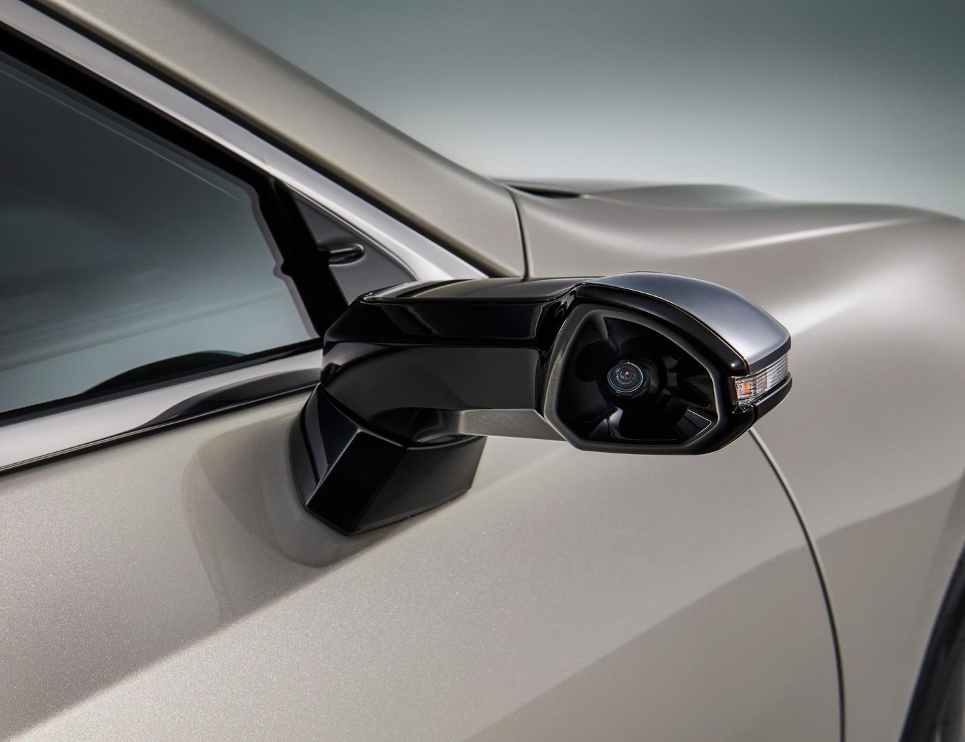 Lexus ES digitale buitenspiegels camera