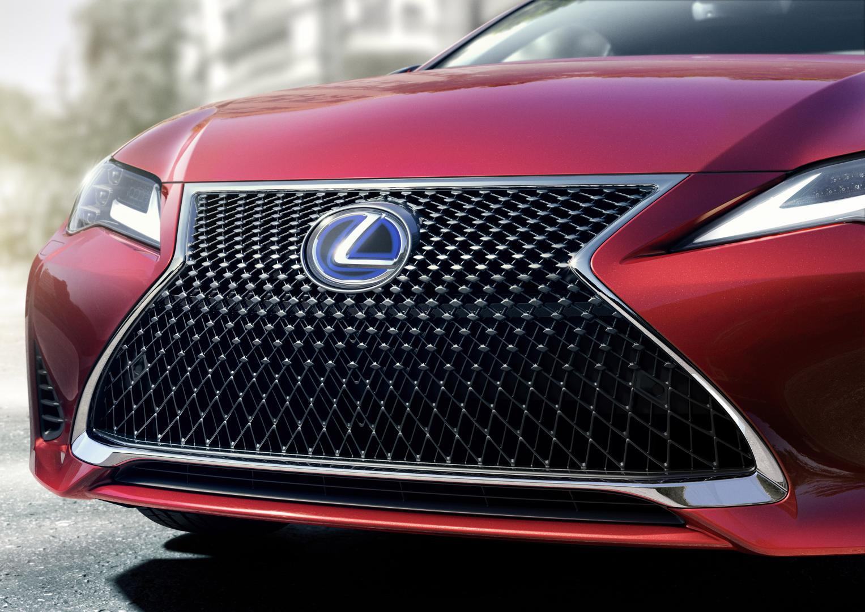 Lexus RC 300h facelift