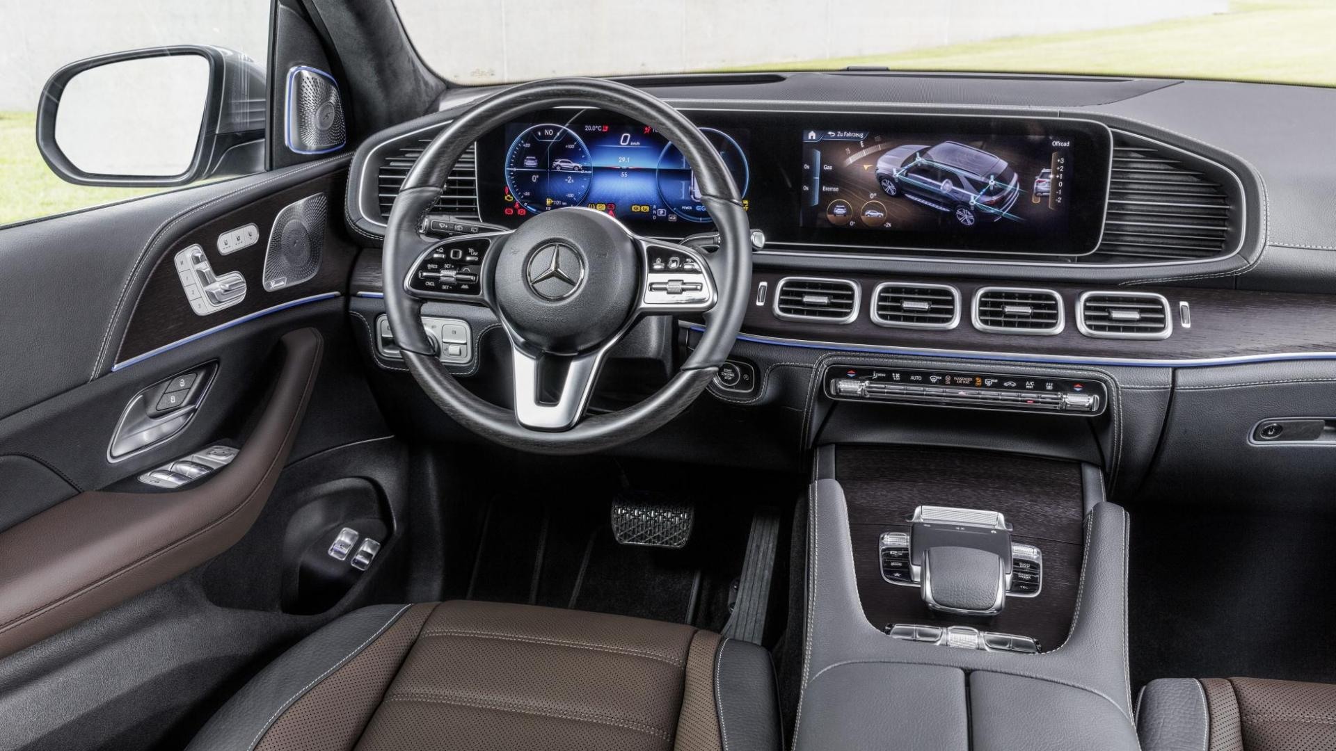 Mercedes GLE 2018 interieur dashboard