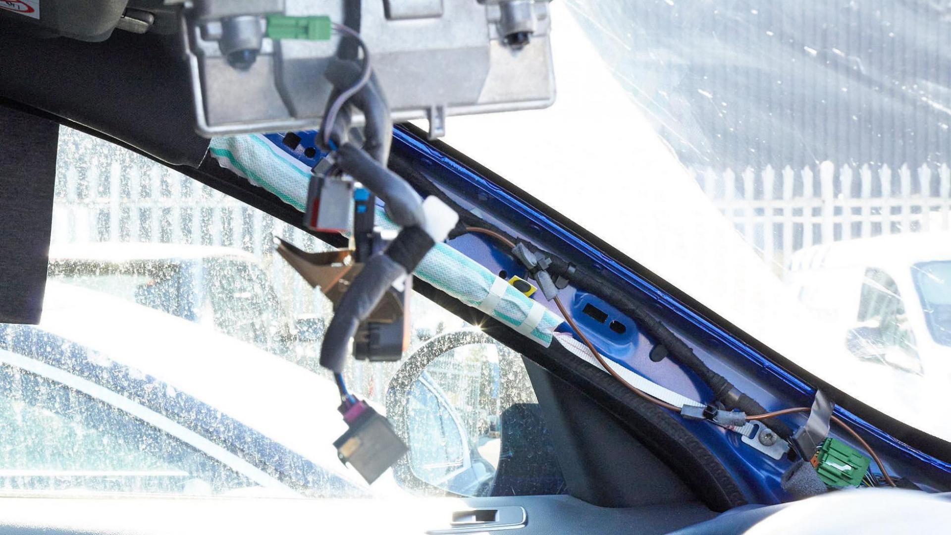 ruitschade barst in ruit rijhulpsysteem camera sensor