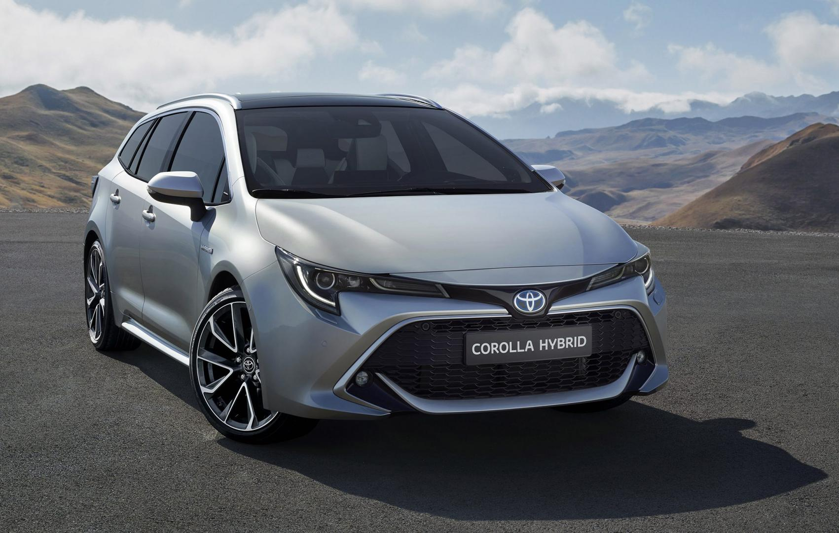 Toyota Corolla Touring Sports 2018 voorkant