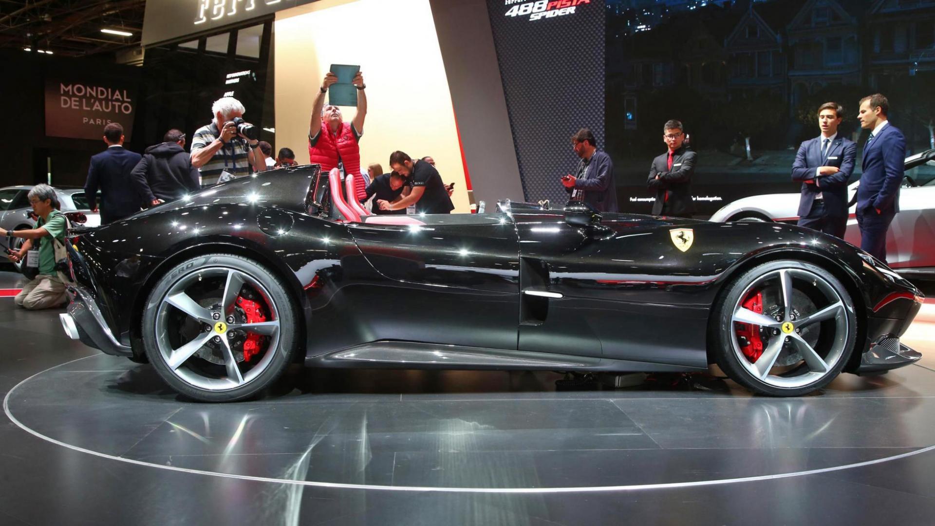 Ferrari Monza Autosalon van Parijs 2018