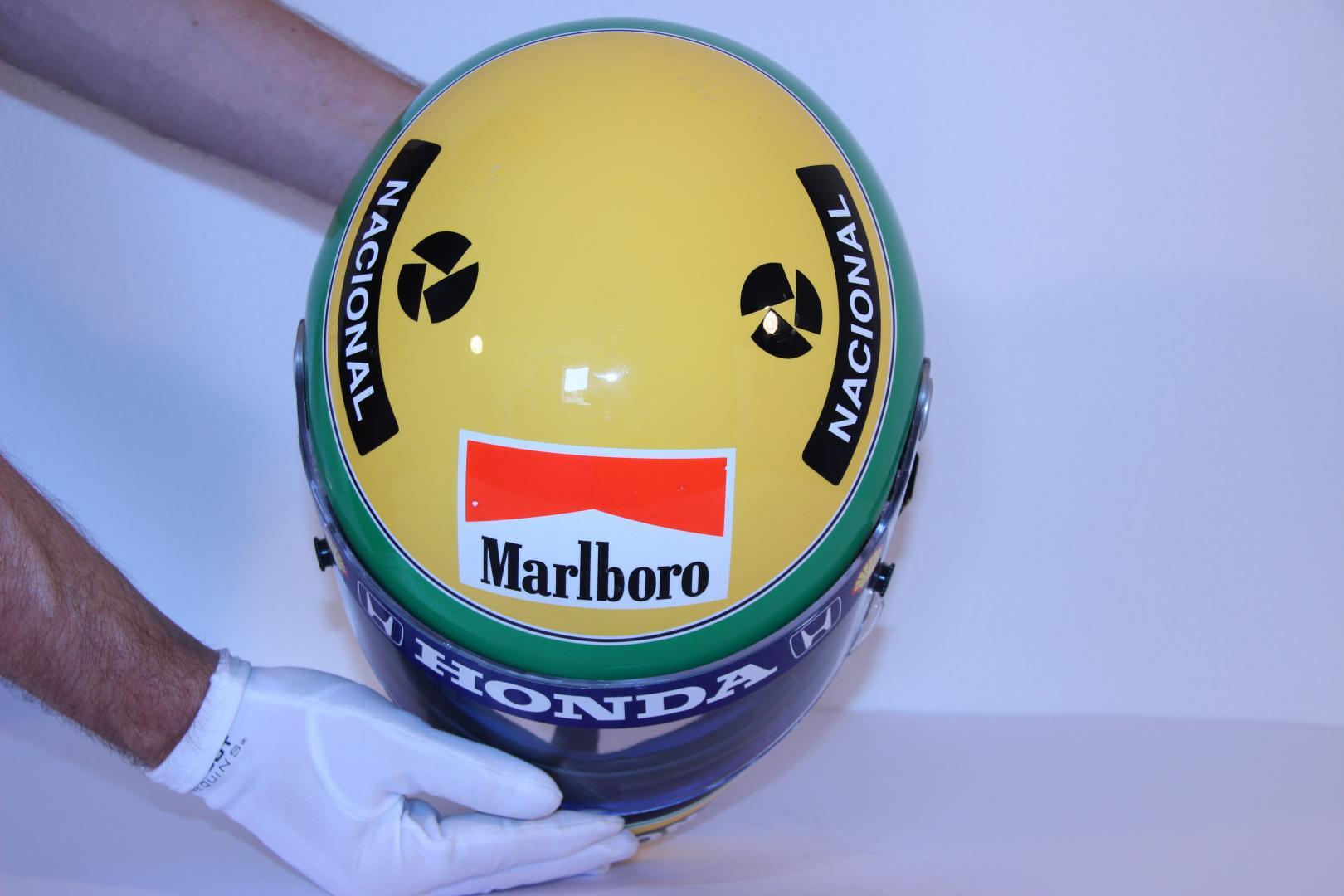 F1 collectie helm van senna