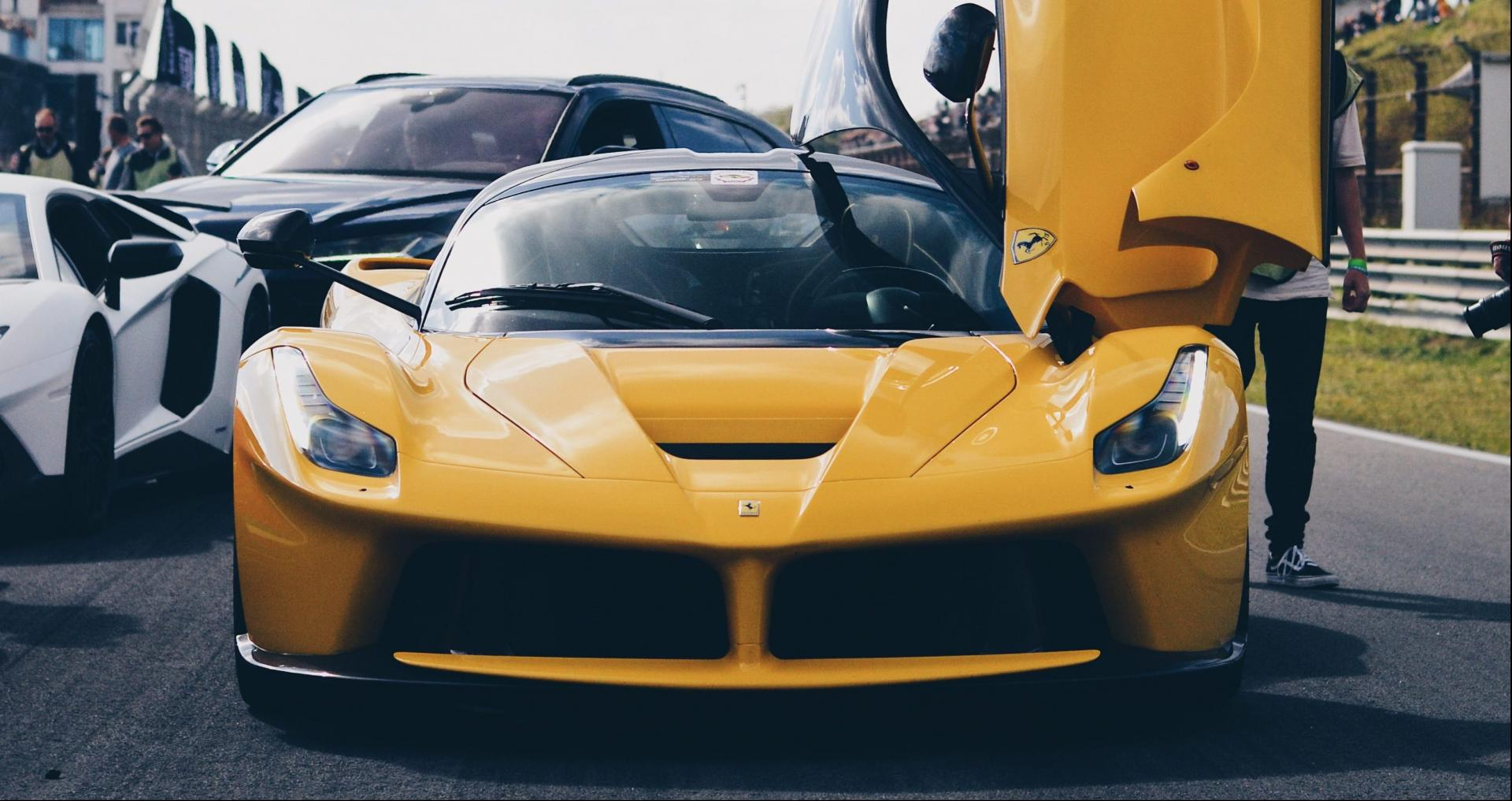 Ferrari Laferrari geel super car sunday 2018