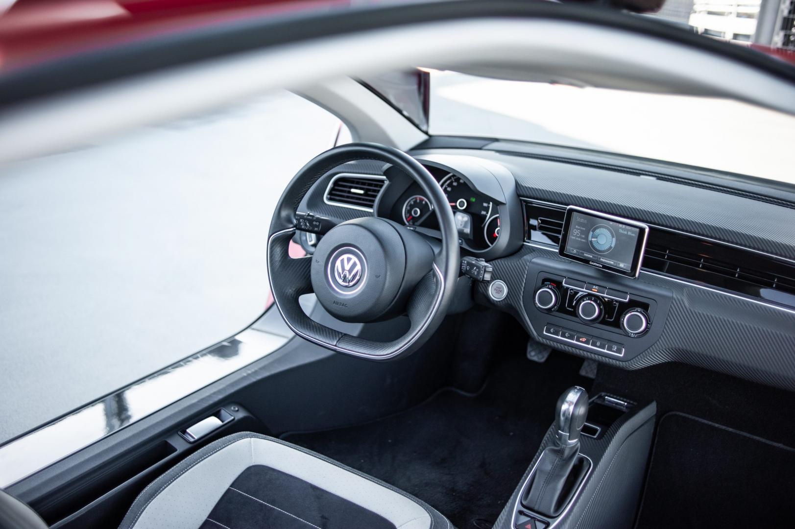 Interieur Volkswagen XL1 te koop
