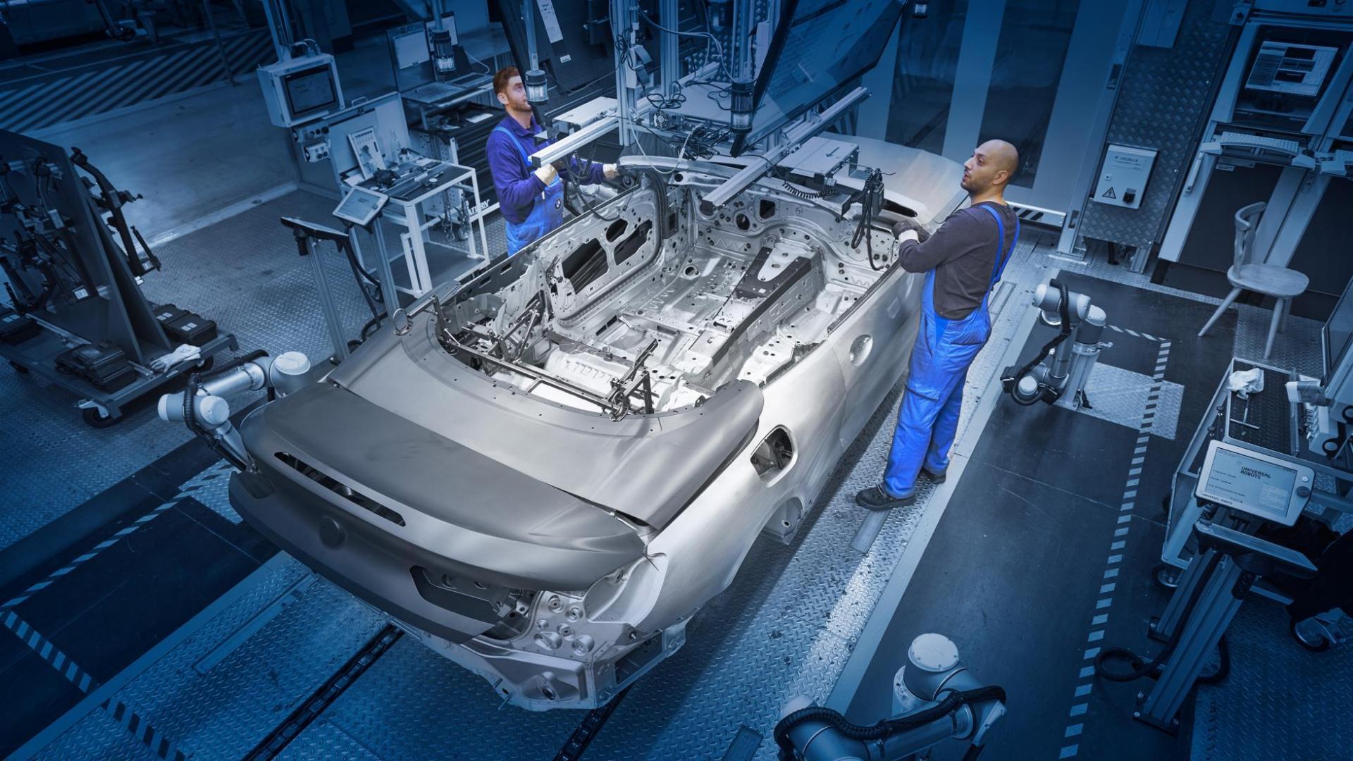 BMW 8-serie op de productielijn