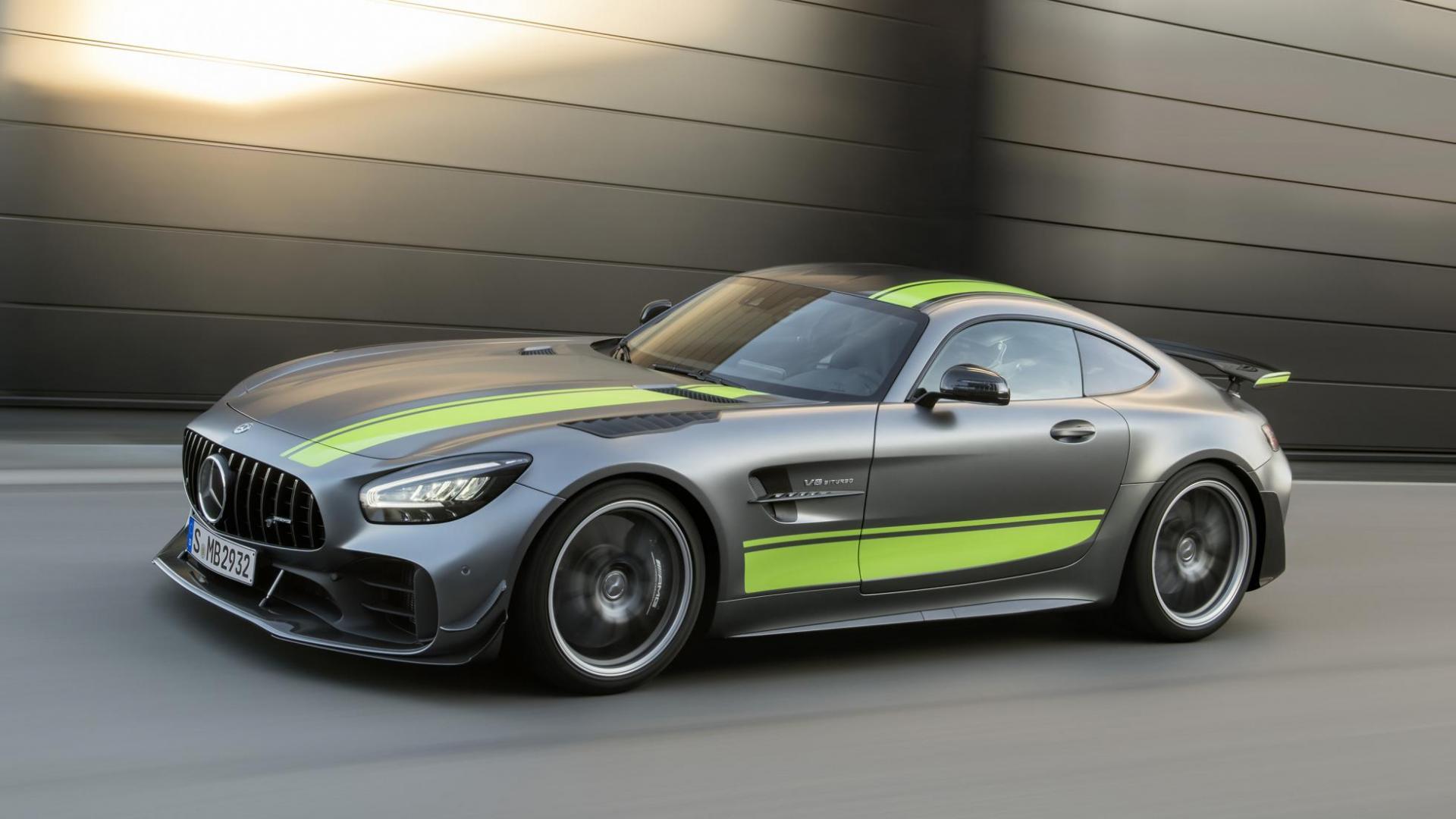 Mercedes-AMG GT R Pro v8 motor
