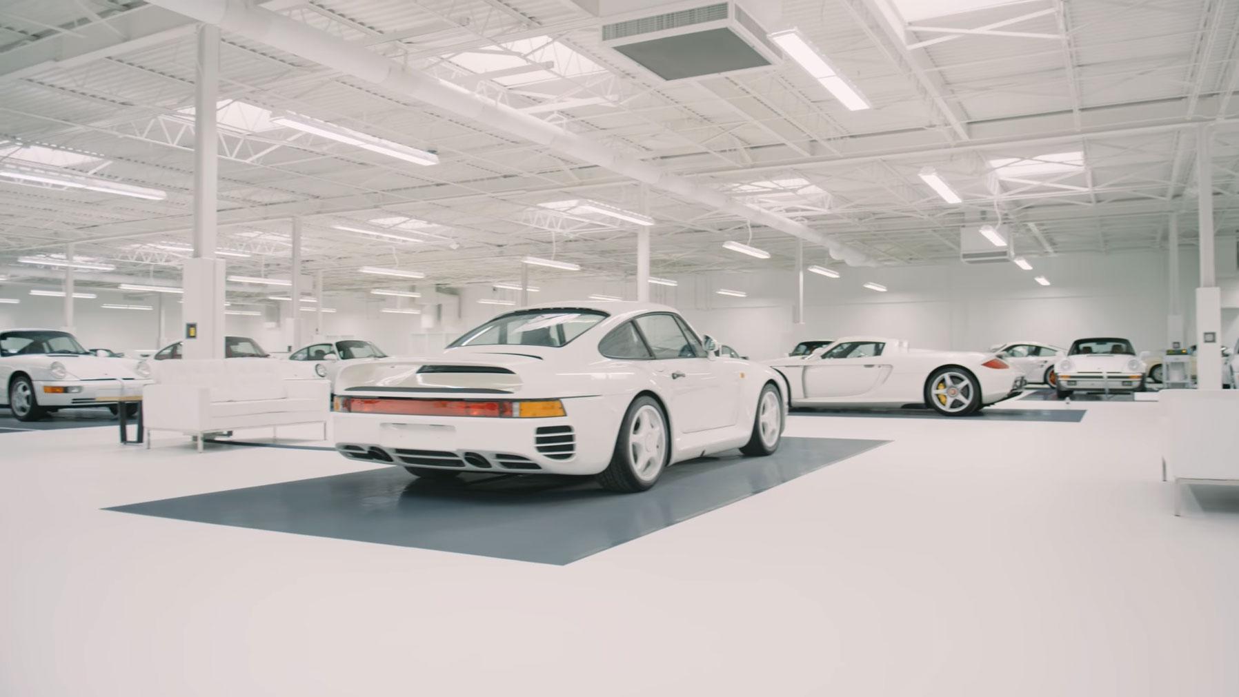 The White Collection PorscheThe White Collection Porsche