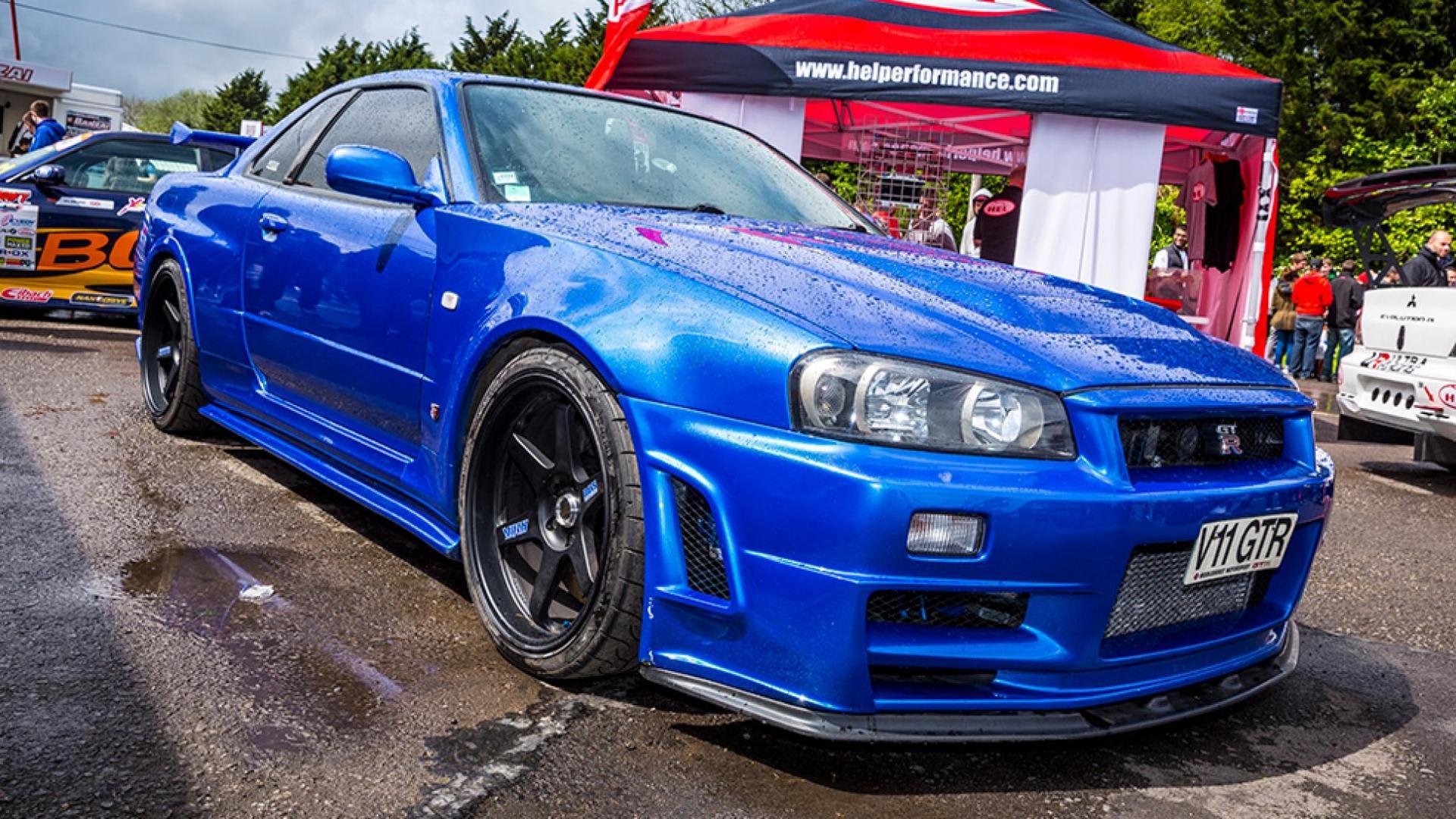 Nissan Skyline R34 bayside blue