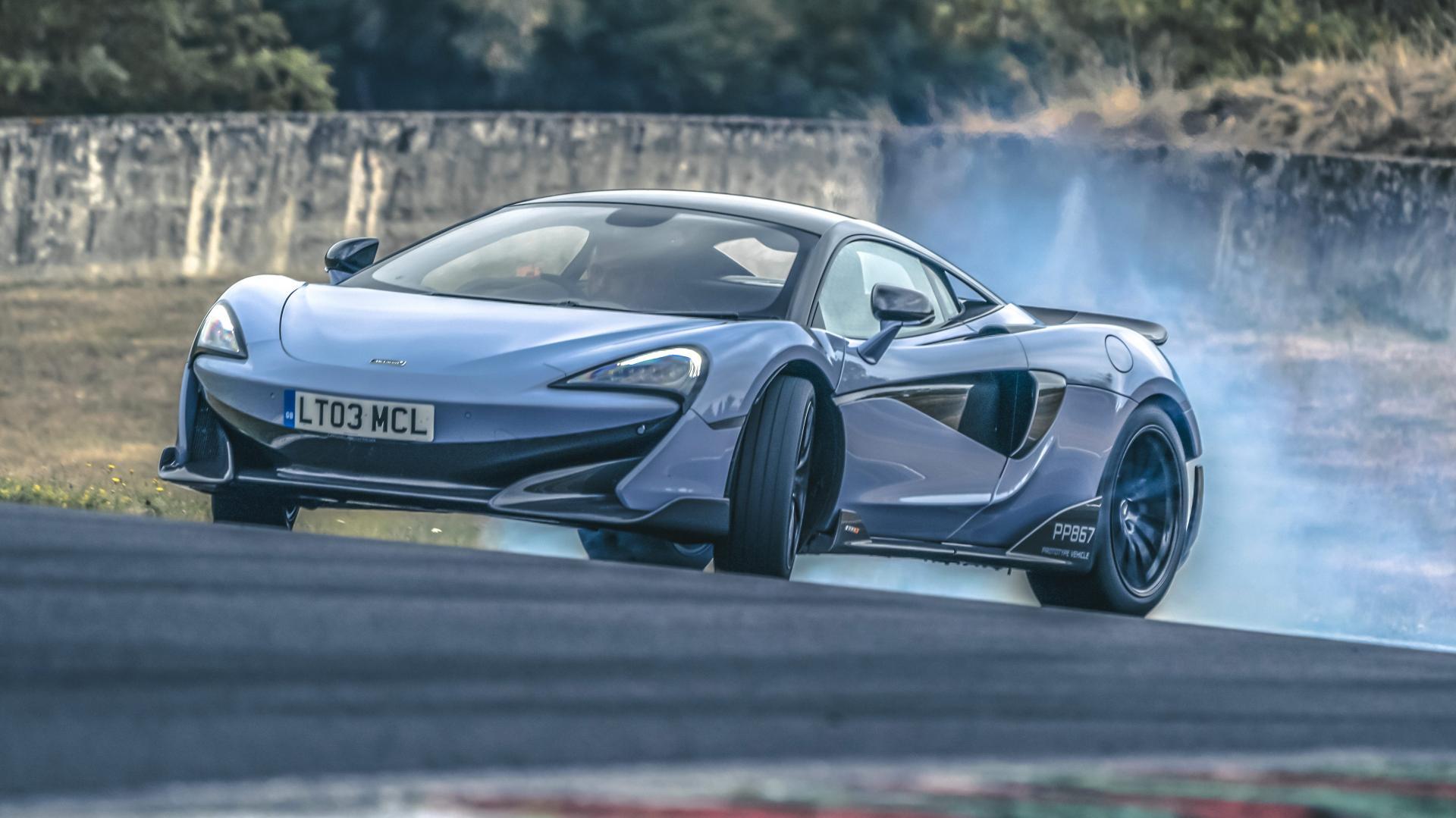 McLaren 600LT drift