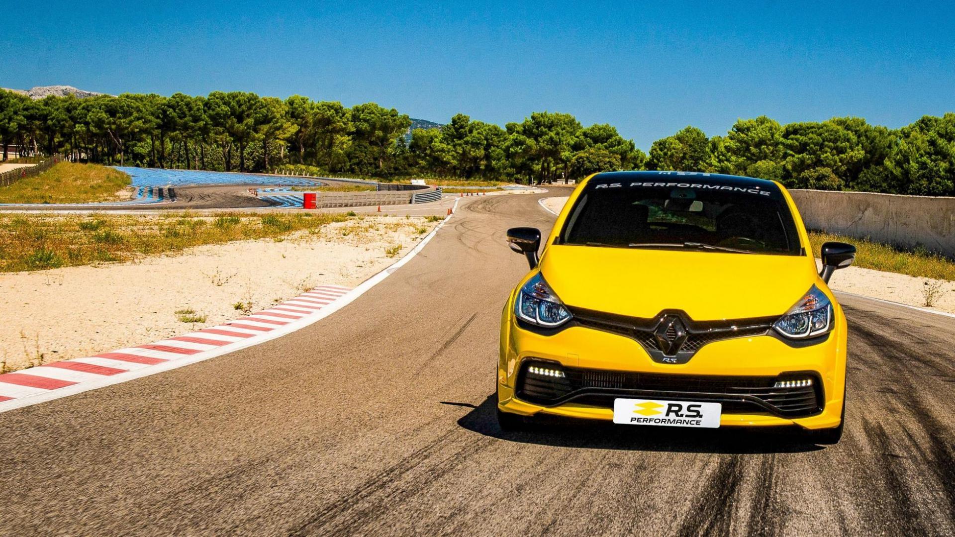 Verander je Renault Clio RS in een RS16 2