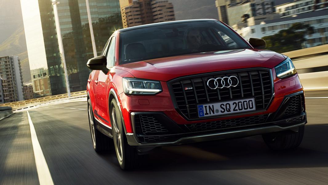 Audi SQ2 rood