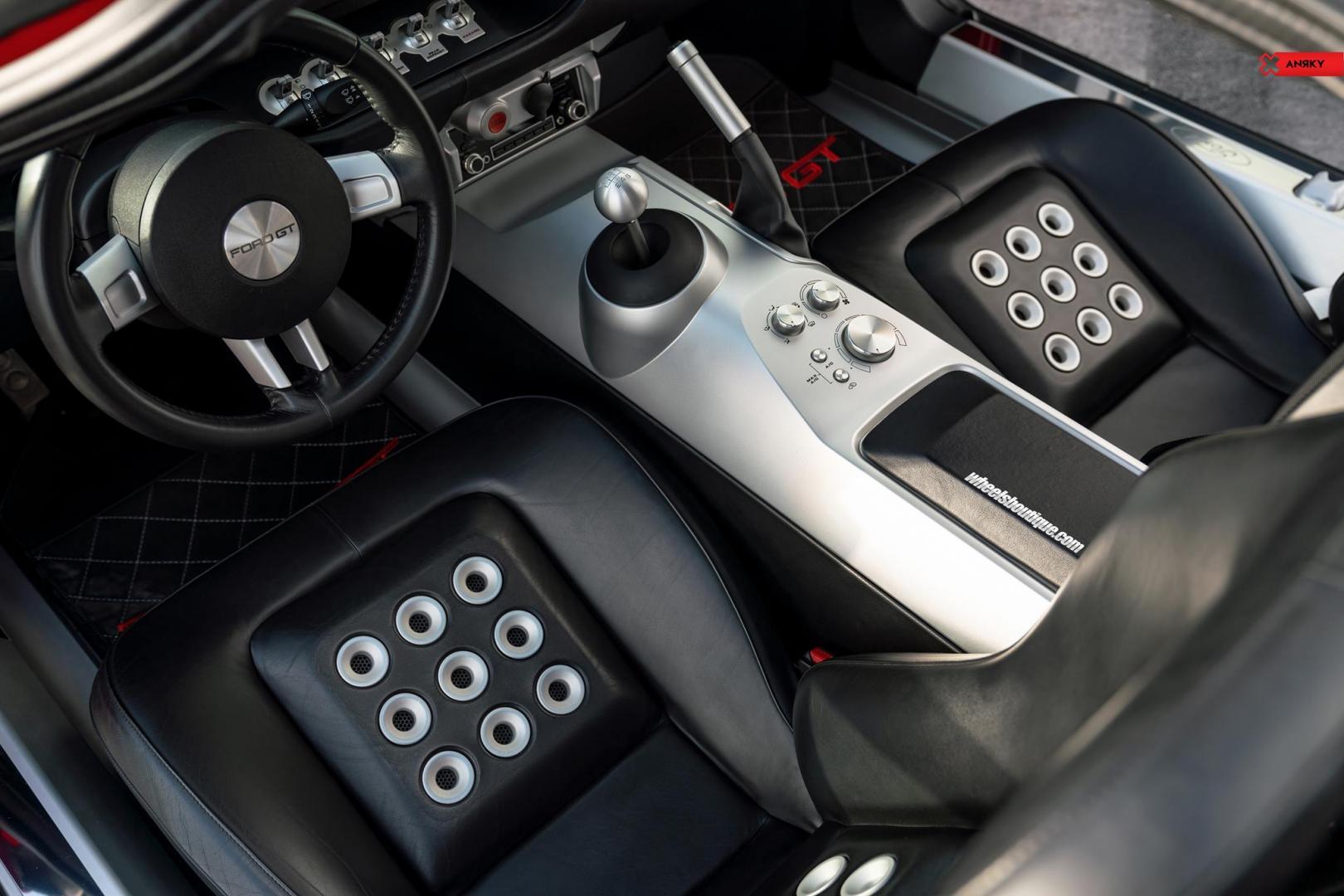 Ford gt met 1.000 pk interieur