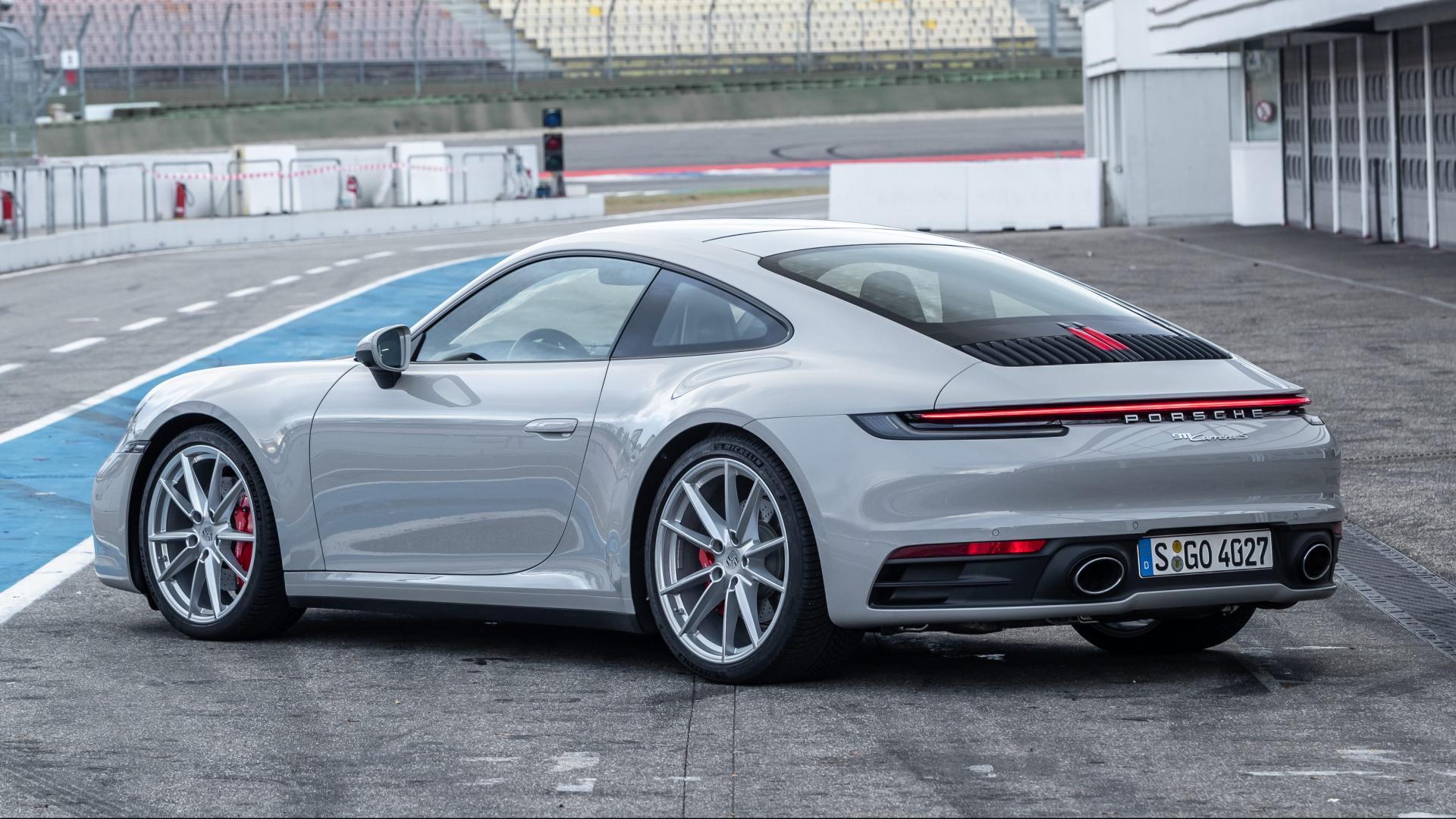 Porsche 911 992 op Hockenheim