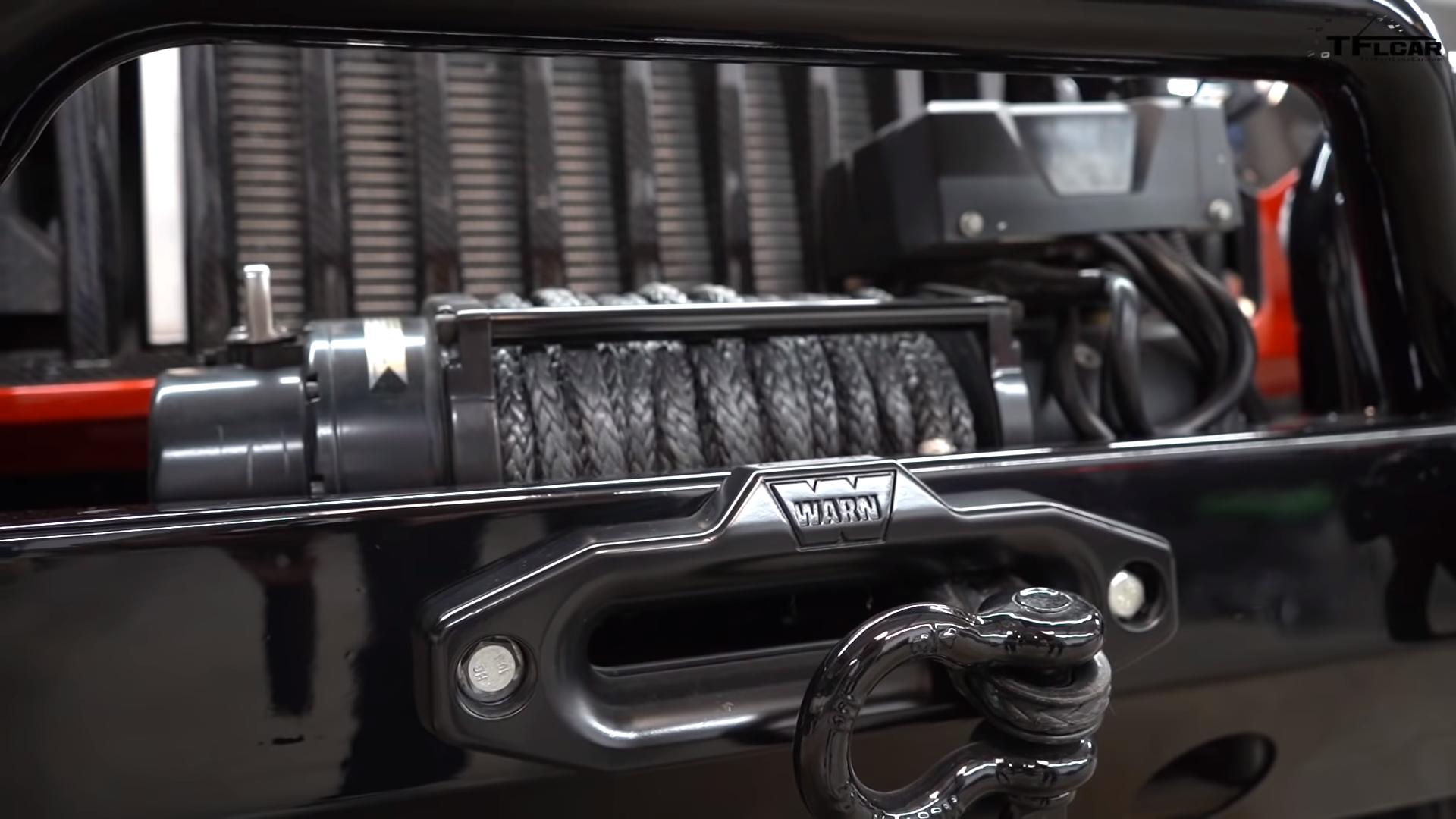 Jeep Wrangler 6x6 met Hellcat-motor