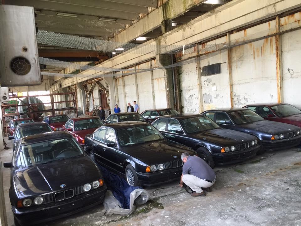 11 gloednieuwe BMW 5-series uit 1994 gevonden