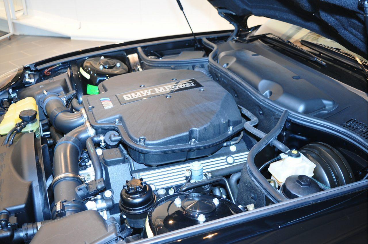 Twee gloednieuwe BMW Z8's te koop