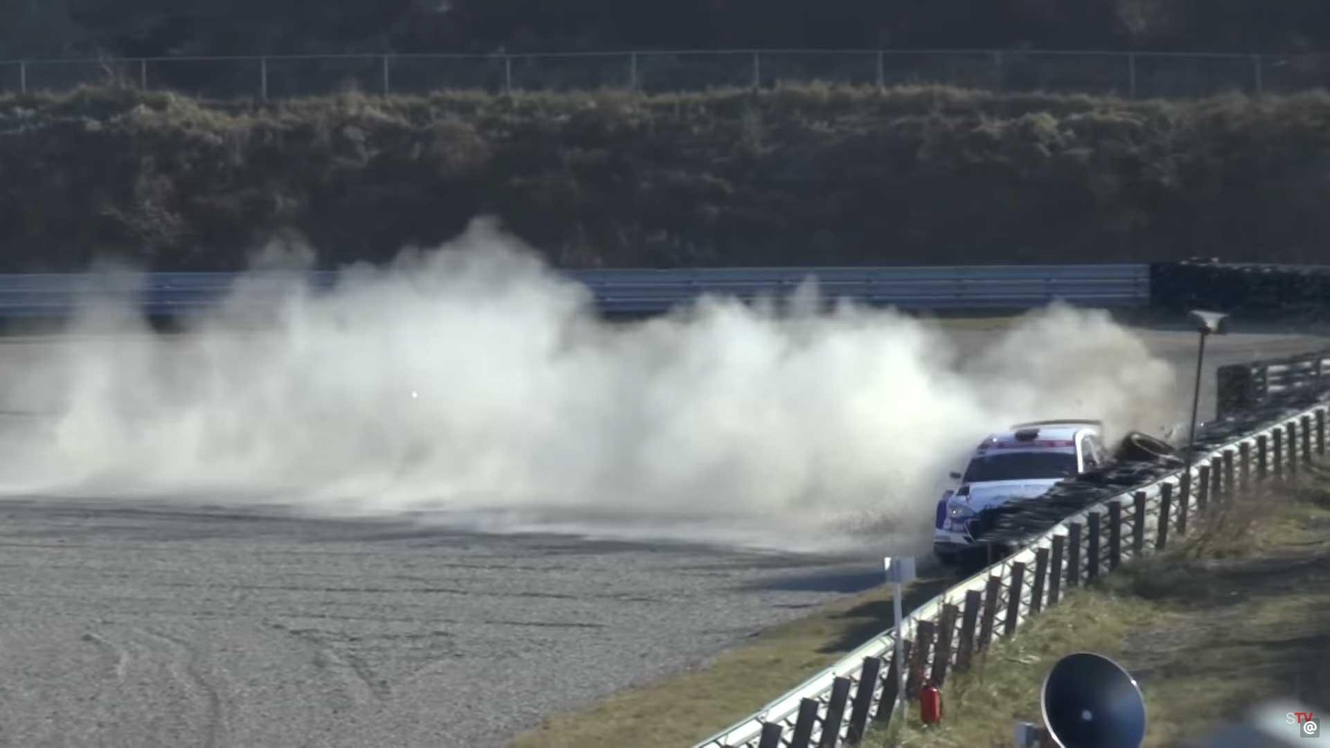 Hyundai crasht op Circuit Zandvoort