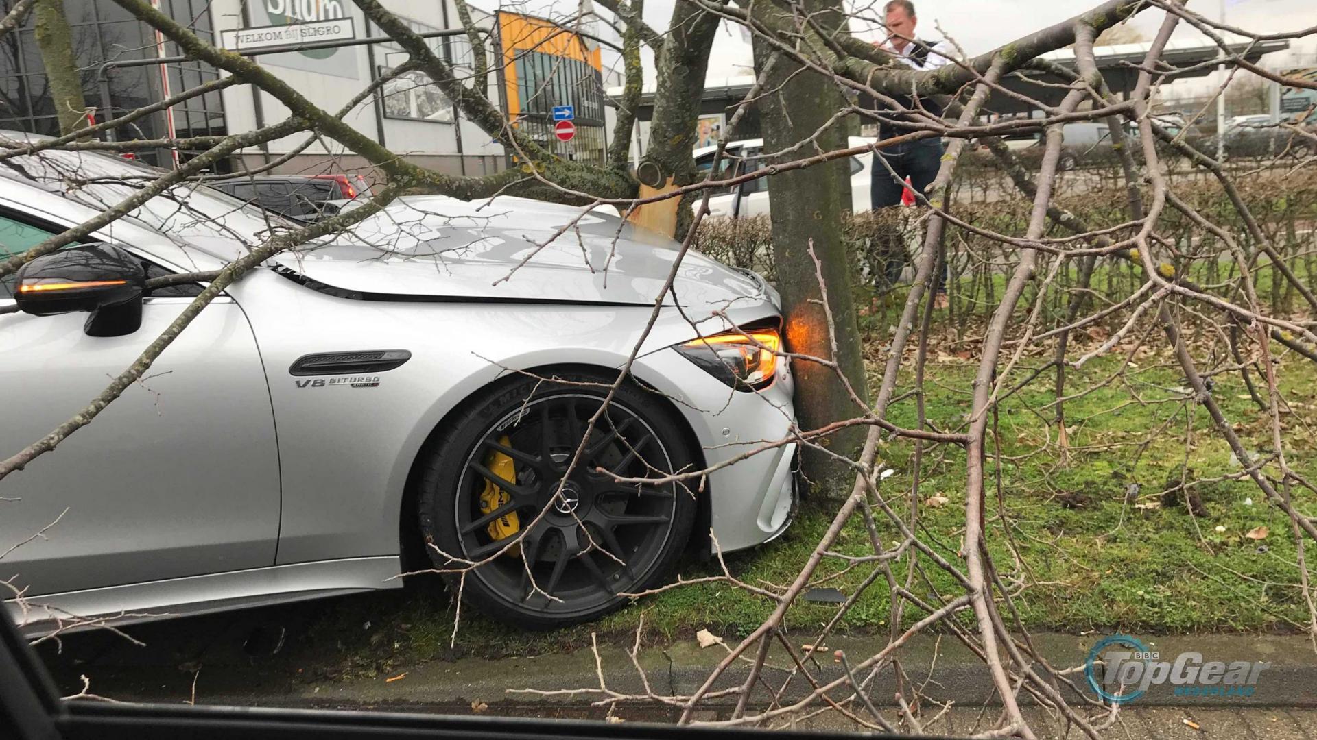 mercedes-amg gt 63 s 4-door crash