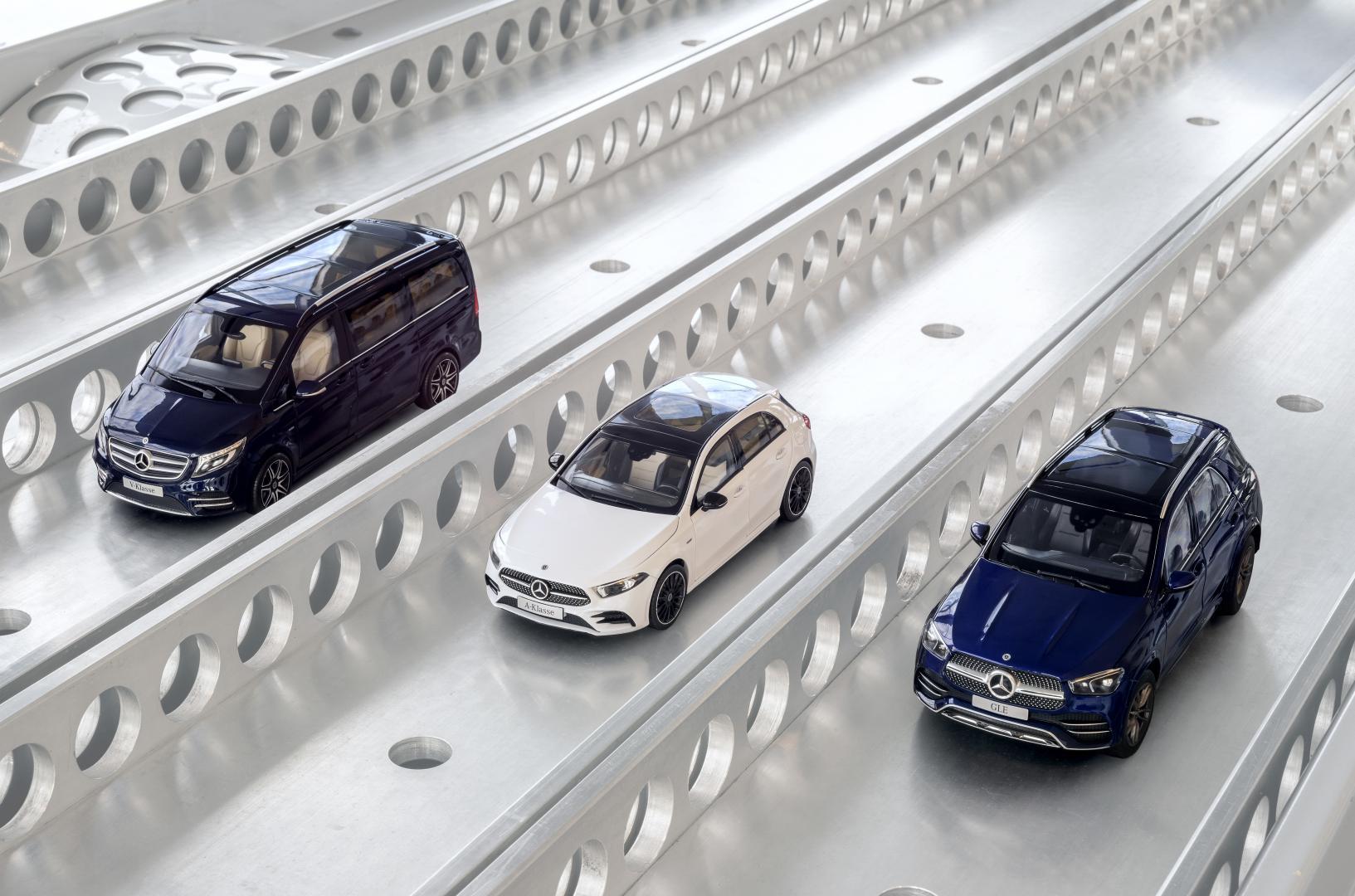 Mercedes GLE en A-klasse en V-klasse schaalmodel