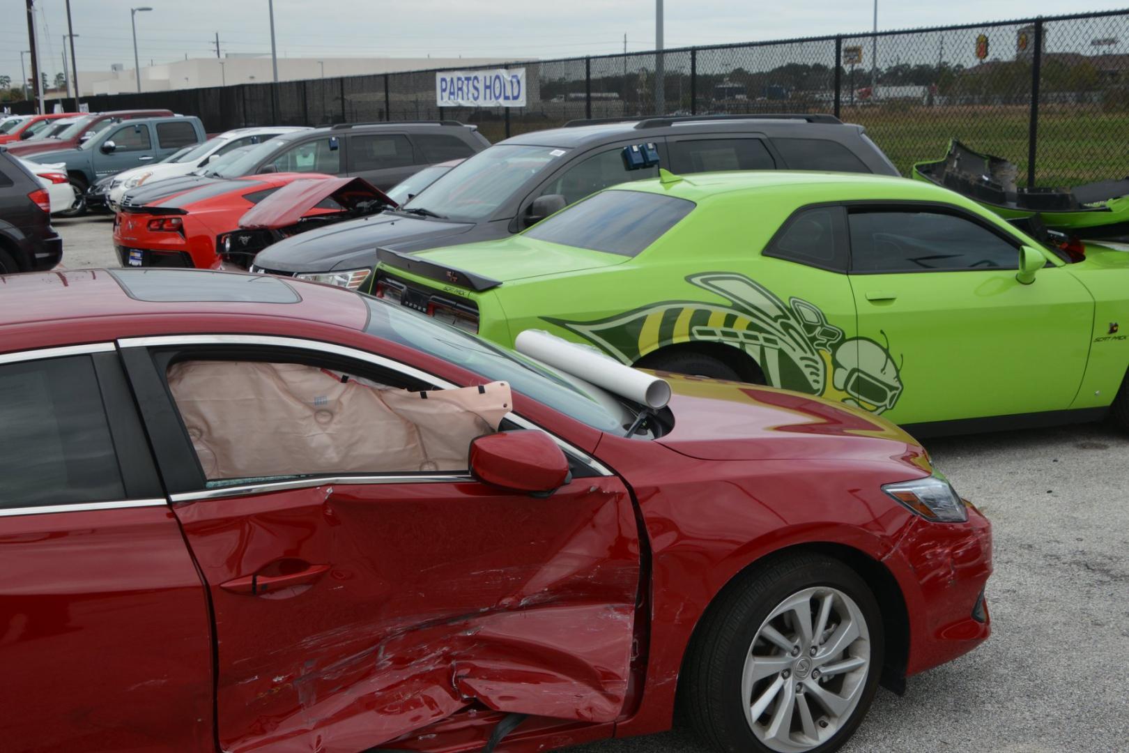 20 sportauto's gesloopt door tieners