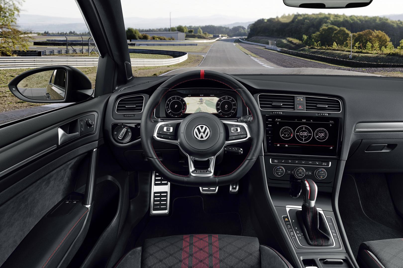 Volkswagen Golf GTI TCR interieur